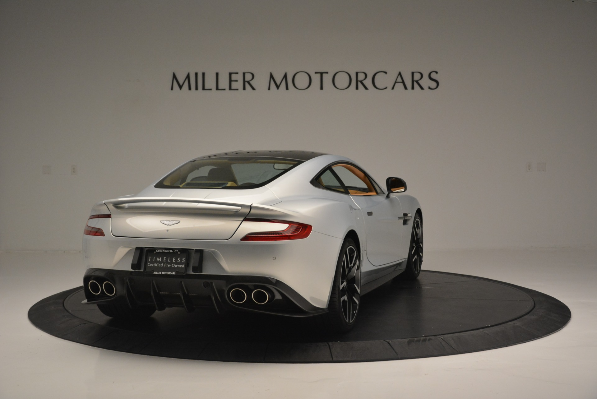 Used-2018-Aston-Martin-Vanquish-S-Coupe
