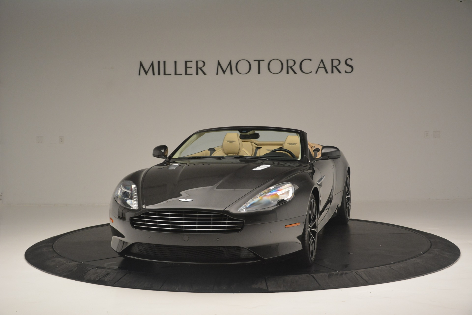 Pre Owned 2016 Aston Martin Db9 Gt Volante For Sale Miller Motorcars Stock 7401