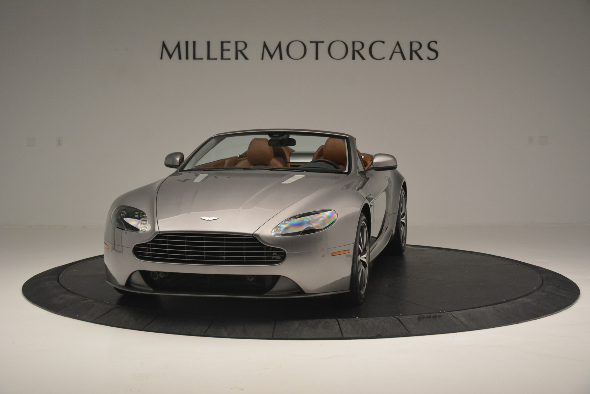Pre Owned 2015 Aston Martin V8 Vantage Roadster For Sale Miller Motorcars Stock 7396