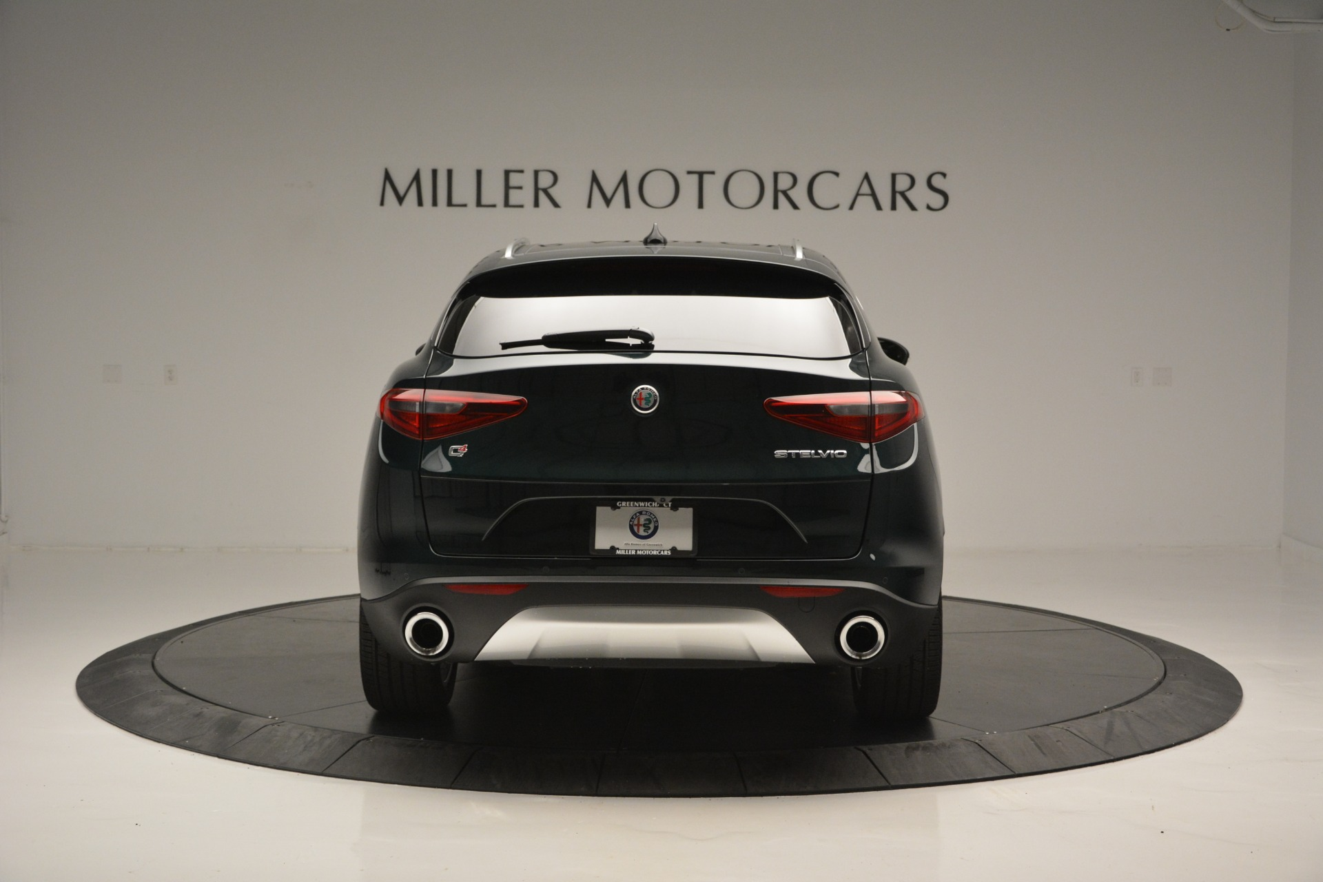 New-2018-Alfa-Romeo-Stelvio-Ti-Lusso-Q4