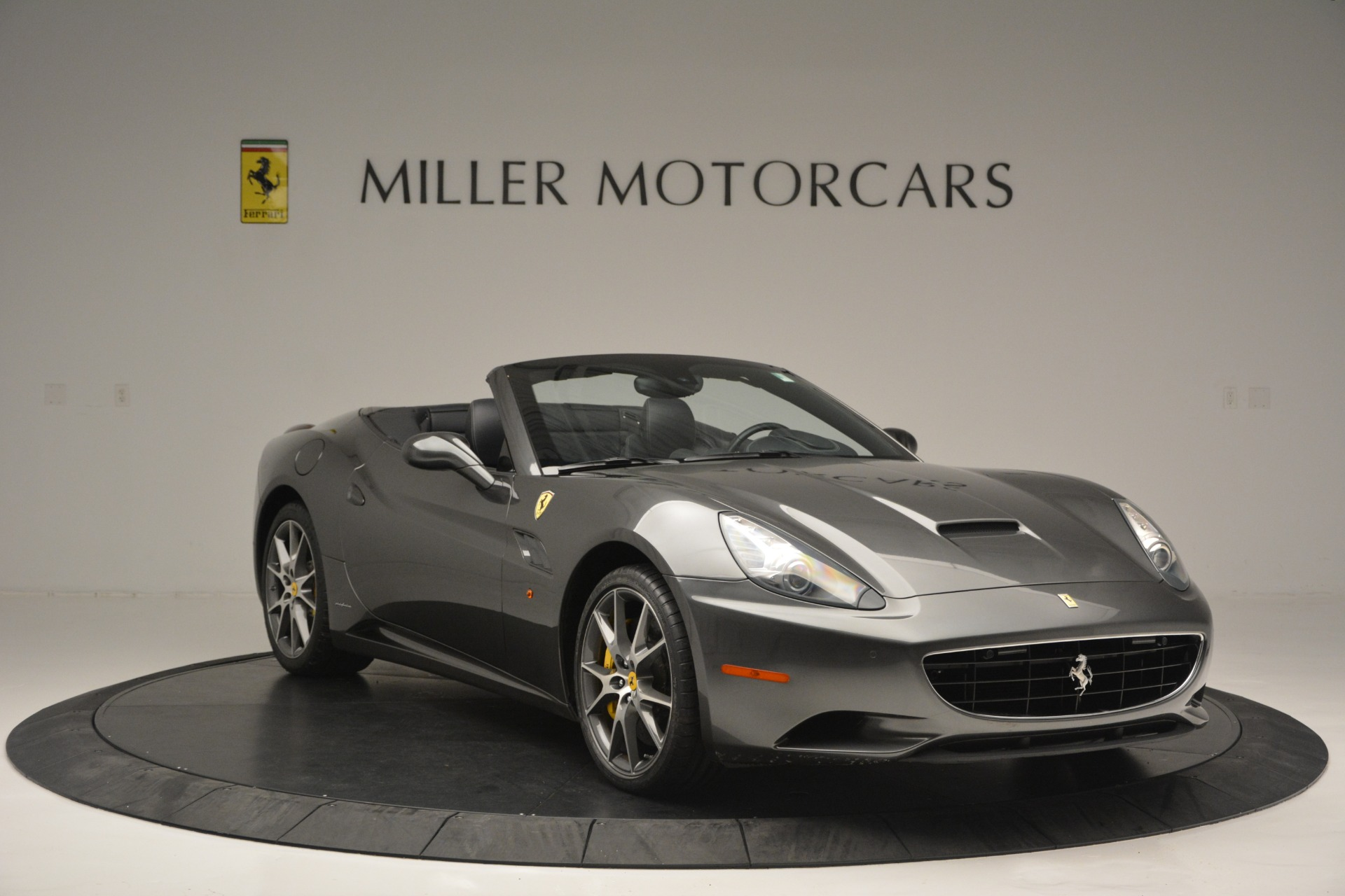 Used-2013-Ferrari-California-30