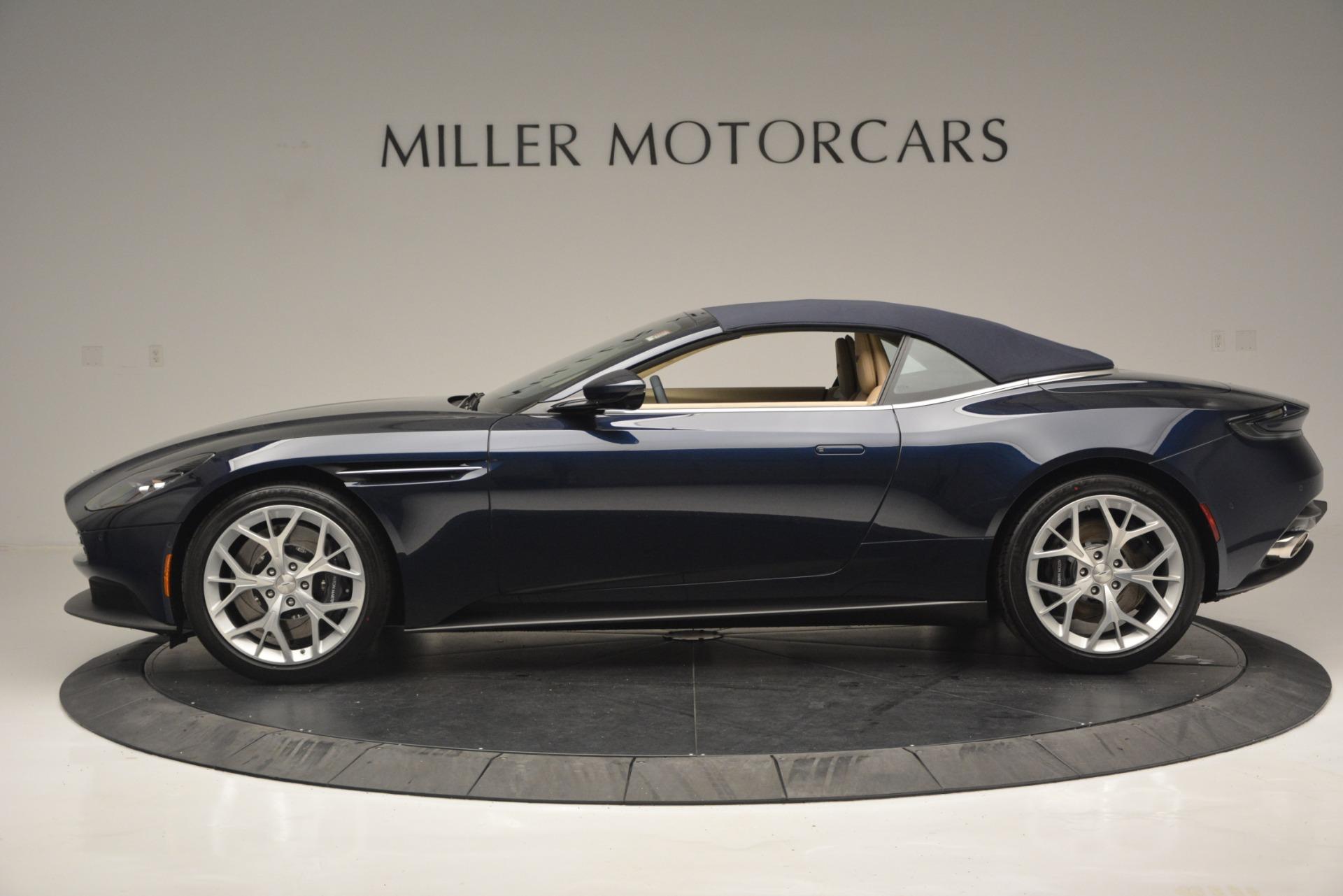 New-2019-Aston-Martin-DB11-Volante-Volante