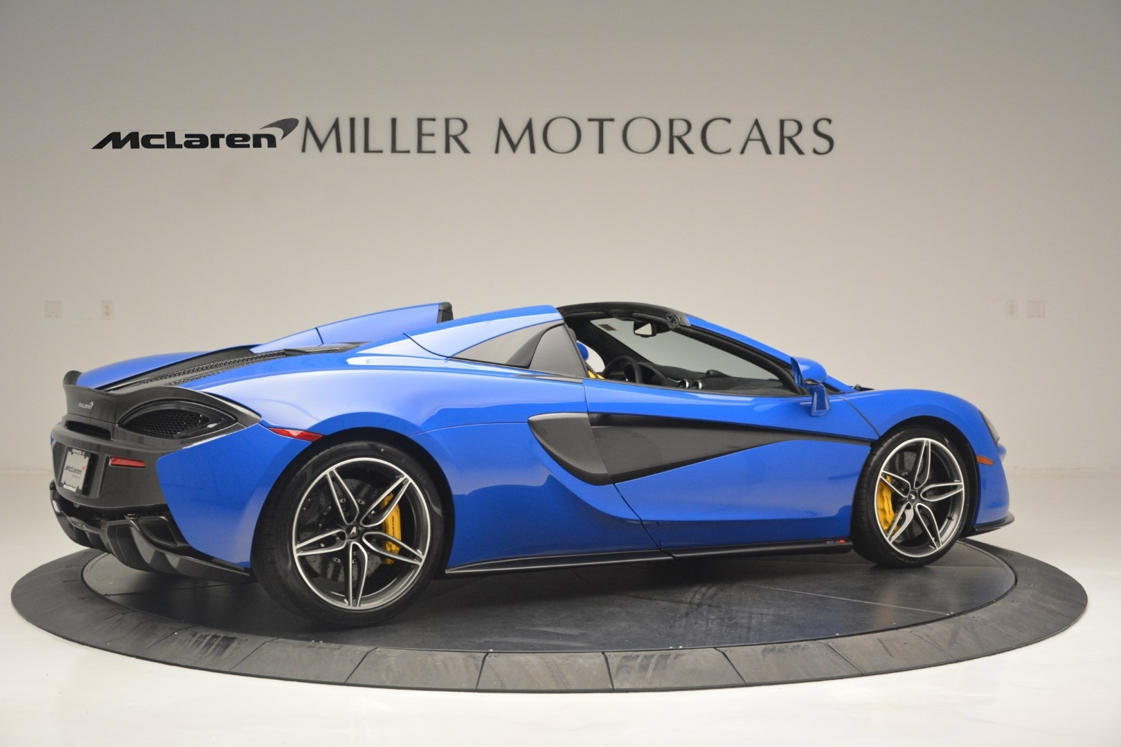 New-2019-McLaren-570S-Spider-Convertible