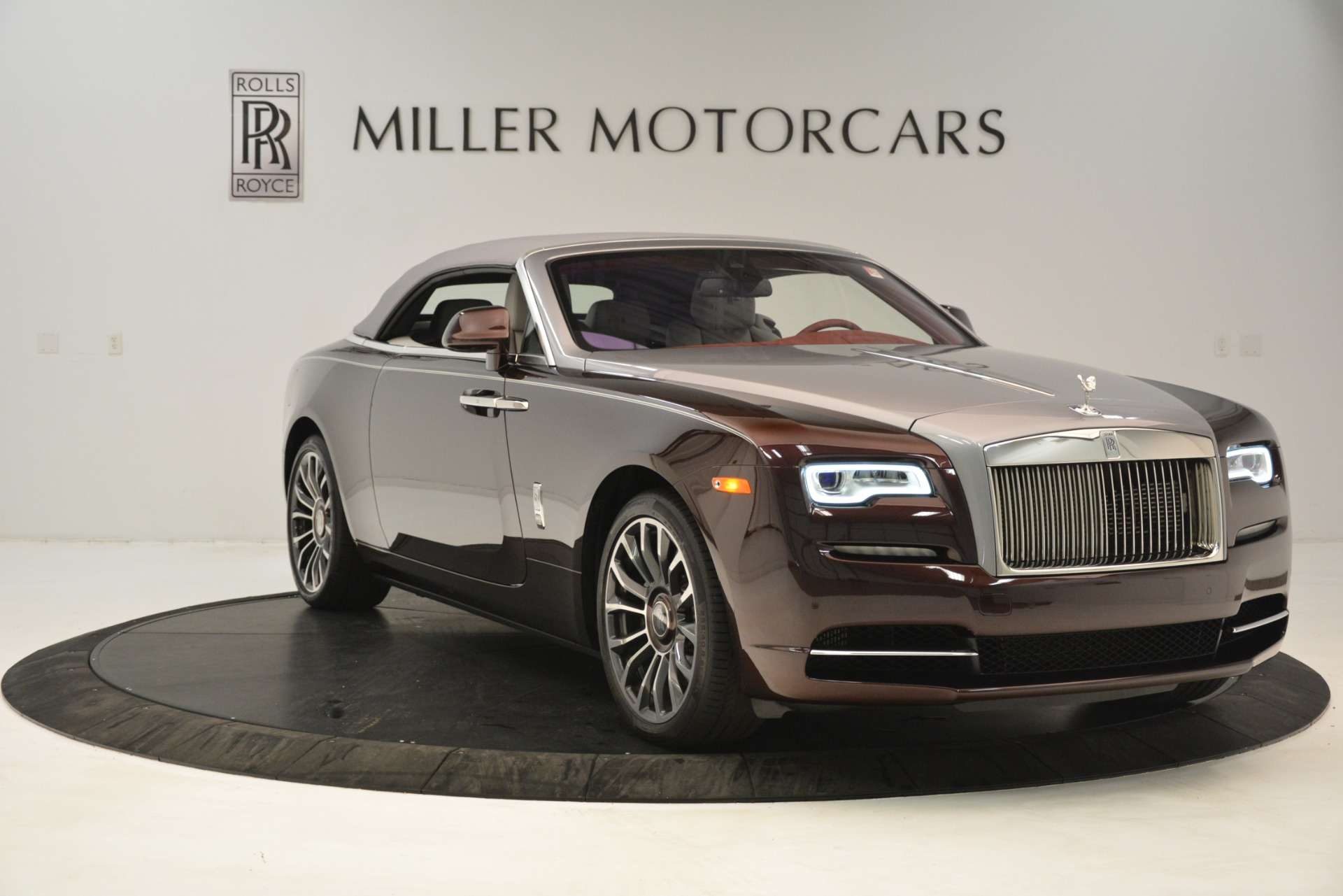 New-2019-Rolls-Royce-Dawn