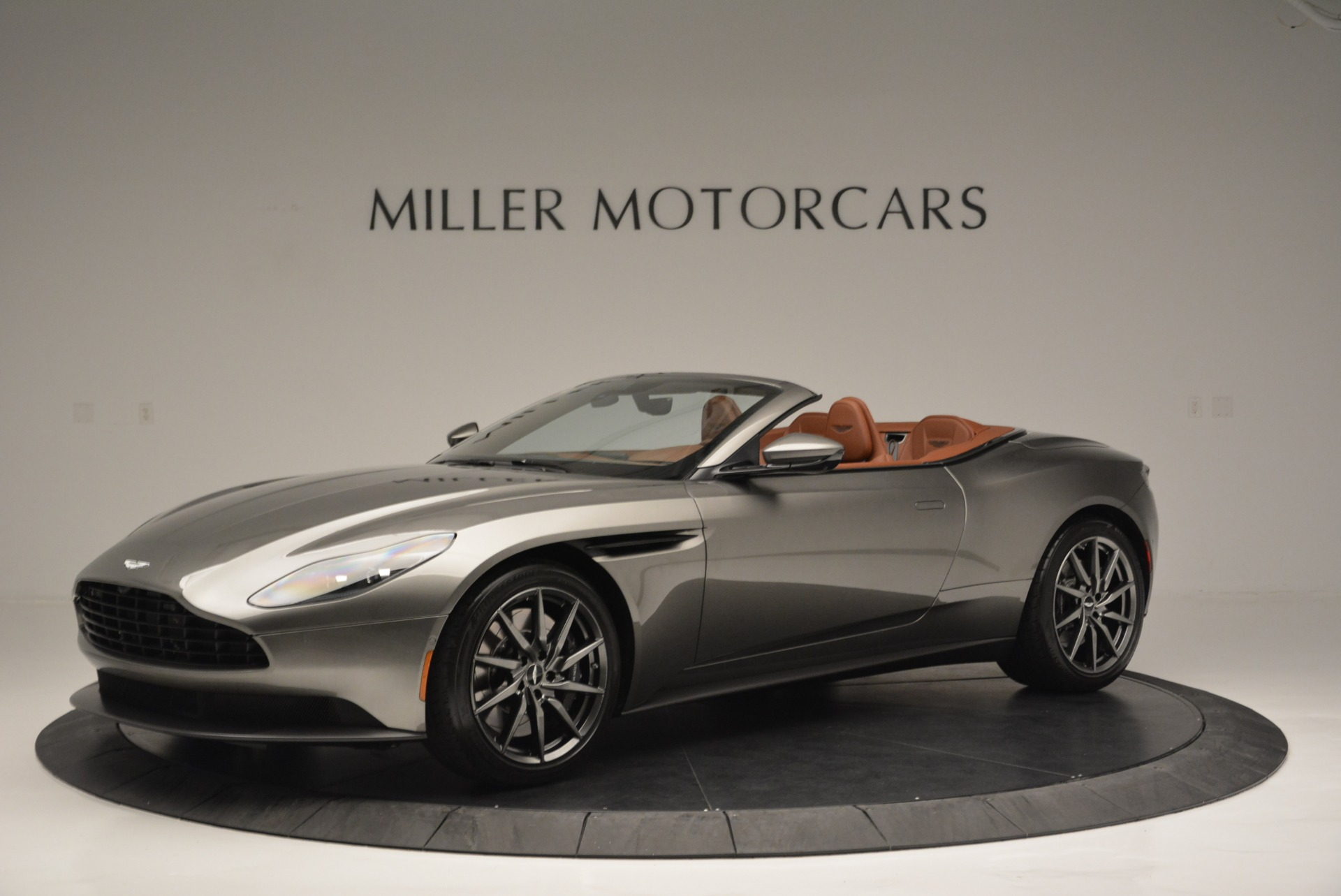 Pre Owned 2019 Aston Martin Db11 V8 Convertible For Sale 257 964 Miller Motorcars Stock A1297b