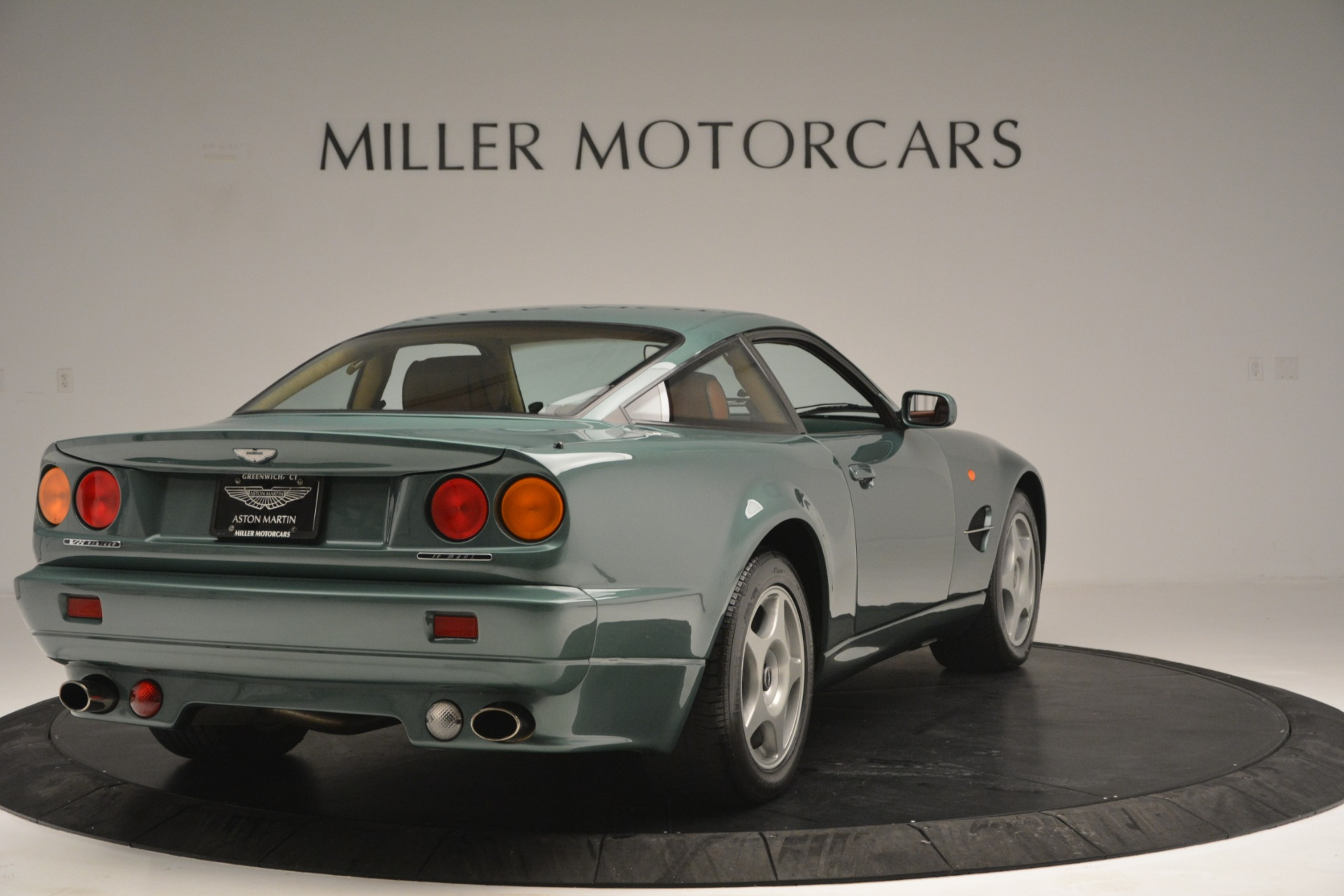 Pre Owned 1999 Aston Martin V8 Vantage Le Mans V600 Coupe For Sale 499 900 Miller Motorcars Stock 7449c