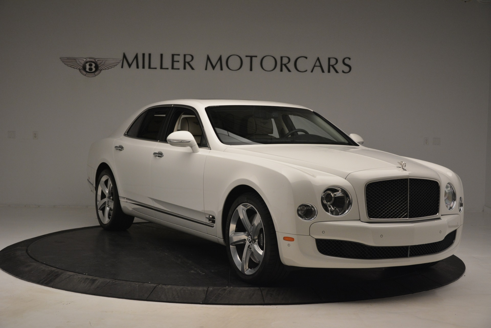 Used-2016-Bentley-Mulsanne-Speed