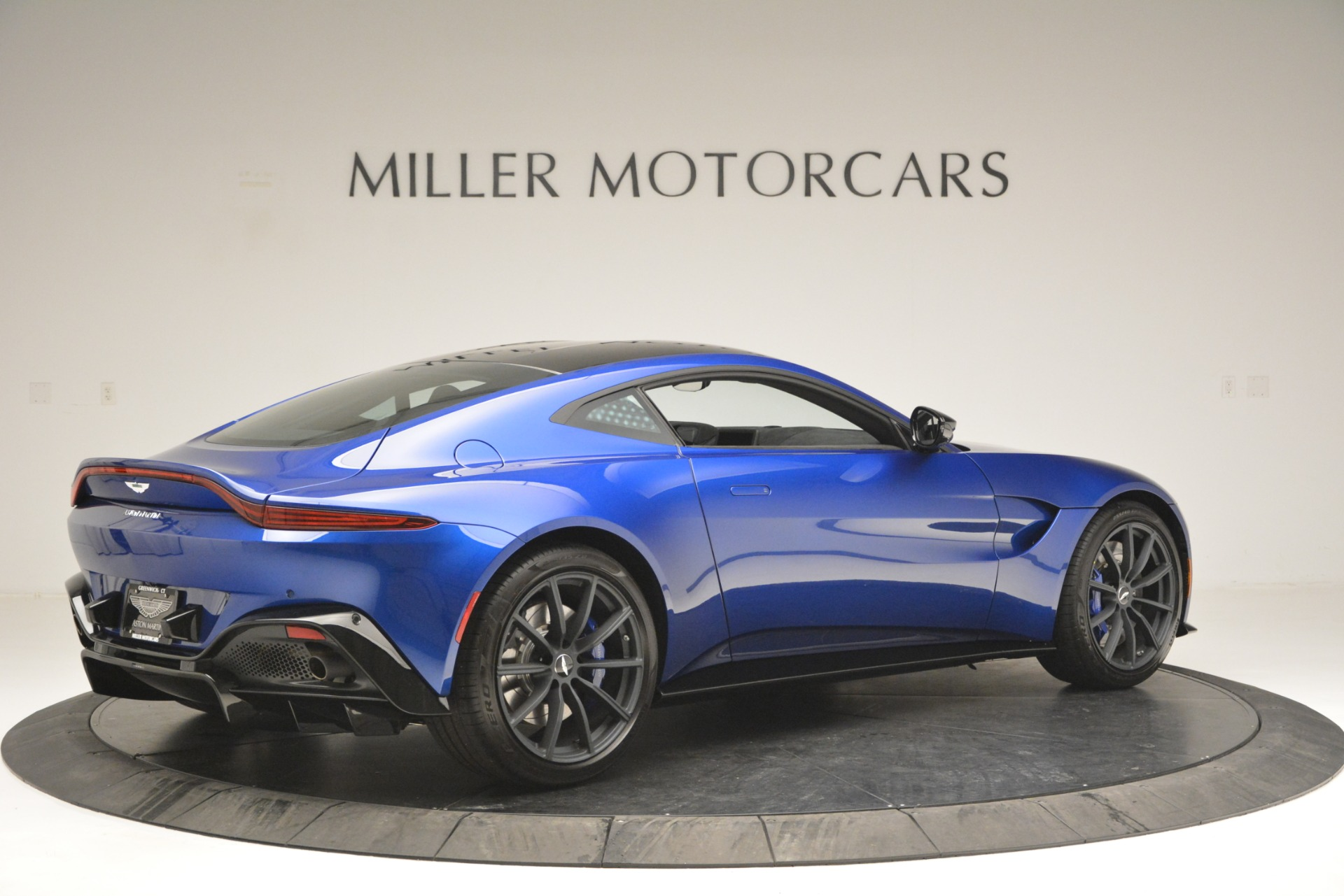 Pre Owned 2019 Aston Martin Vantage Coupe For Sale 186 021 Miller Motorcars Stock A1353b