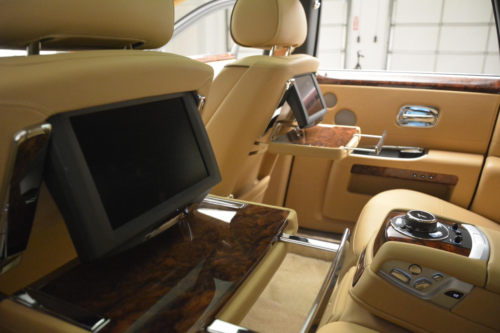 Used-2014-Rolls-Royce-Ghost