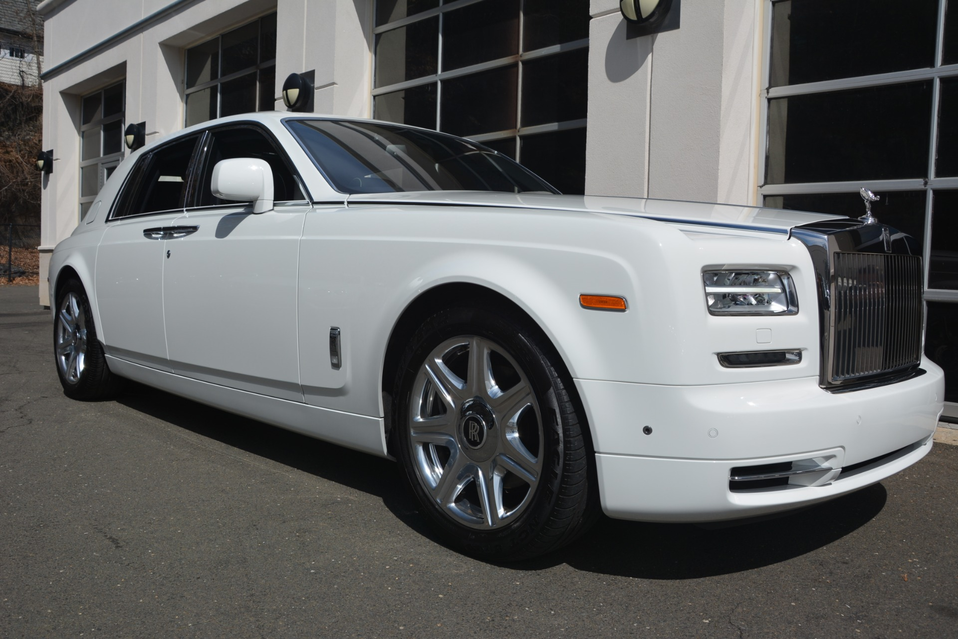 Used-2014-Rolls-Royce-Phantom