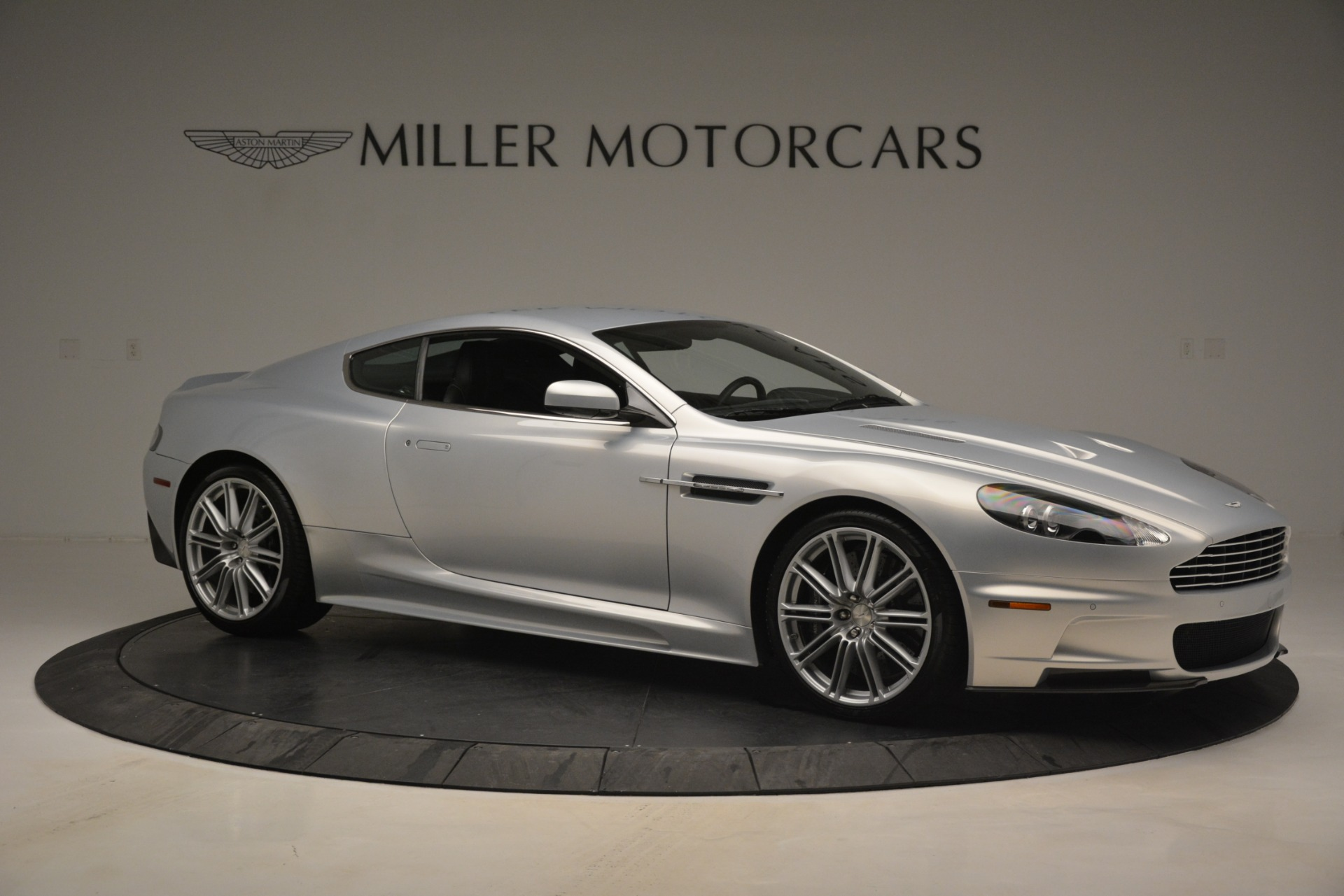 Used-2009-Aston-Martin-DBS-Coupe