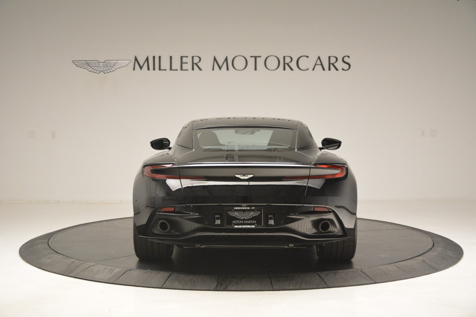 Used-2017-Aston-Martin-DB11-V12-Coupe