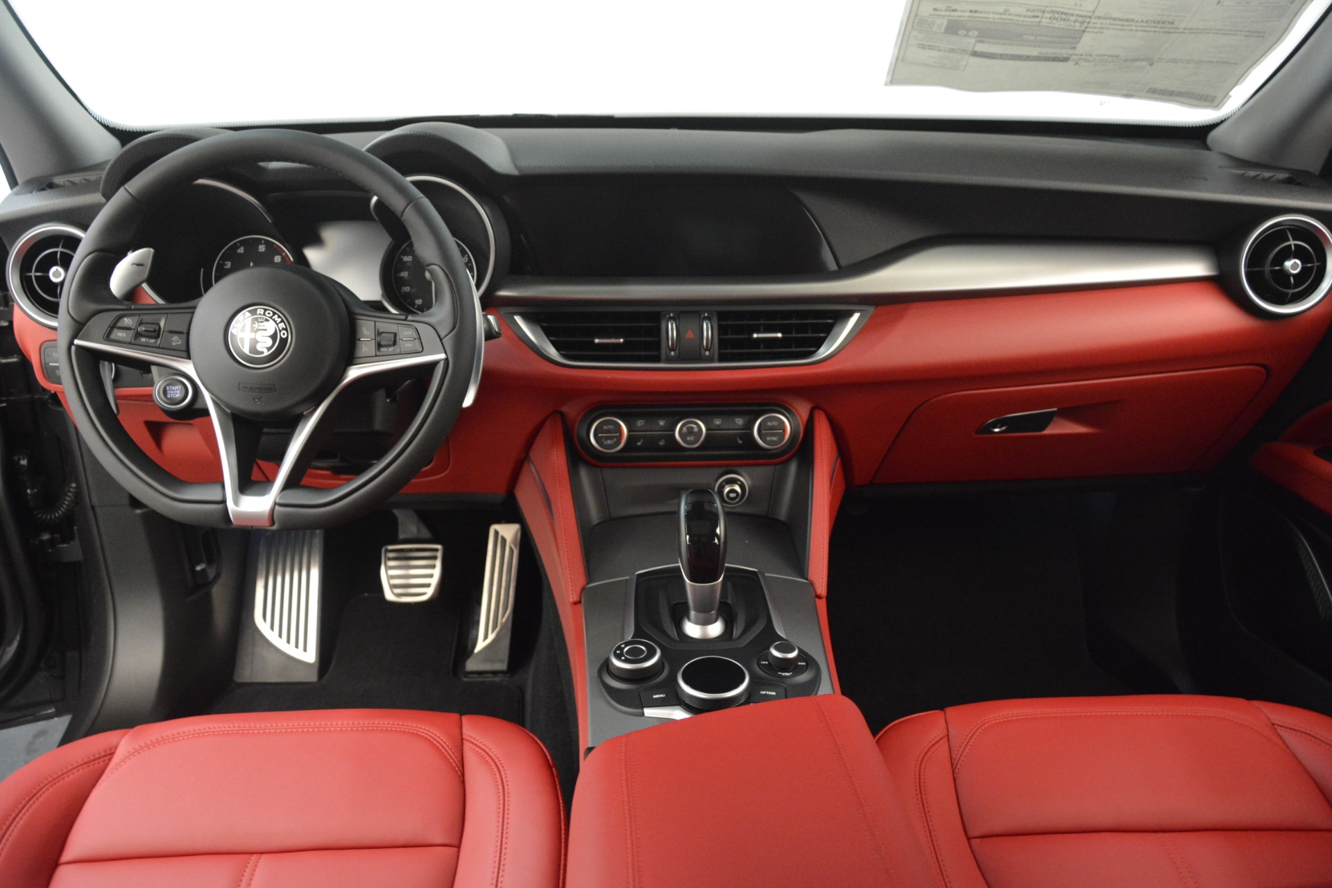 New-2019-Alfa-Romeo-Stelvio-Sport-Q4