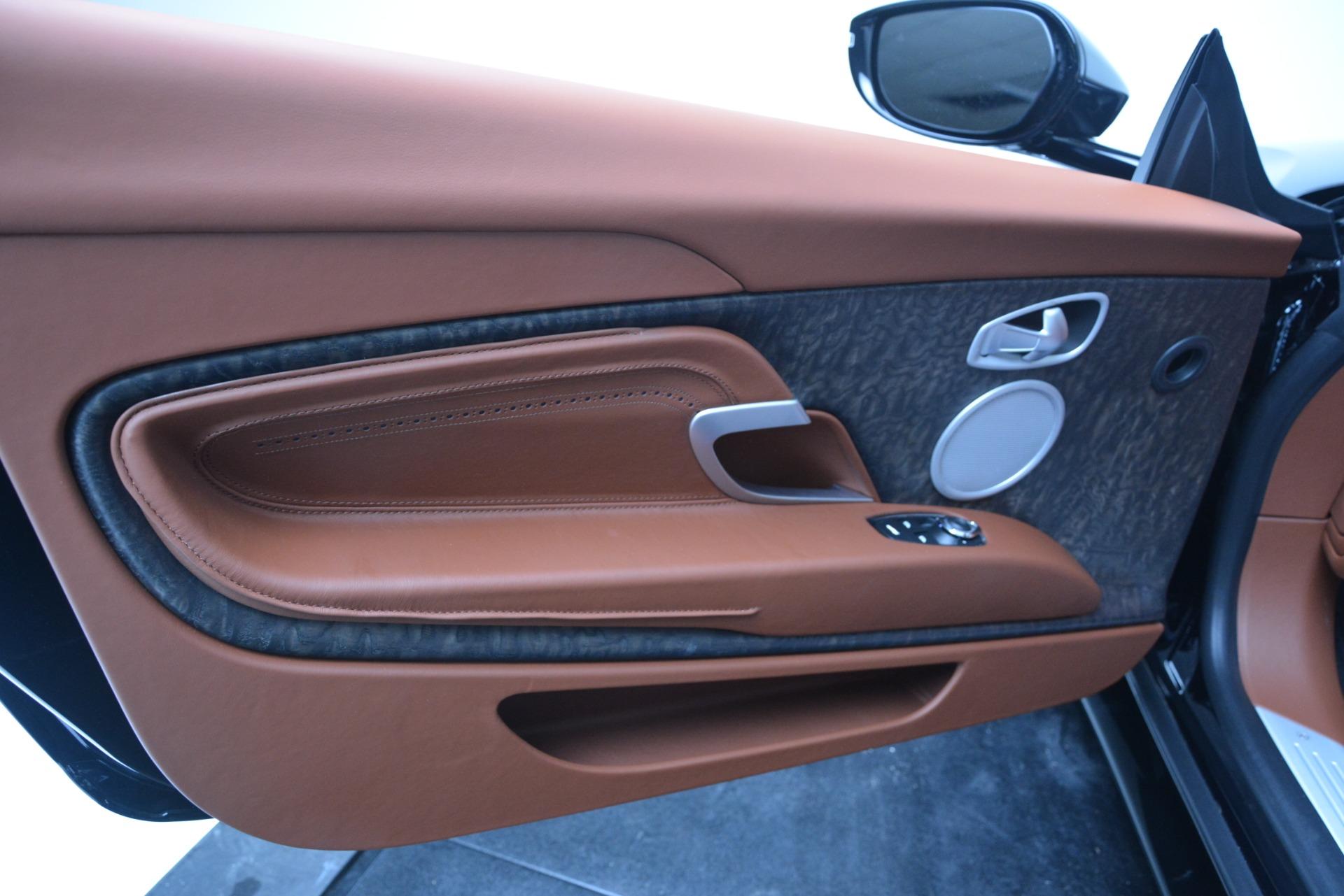 New-2019-Aston-Martin-DB11-V8-Coupe