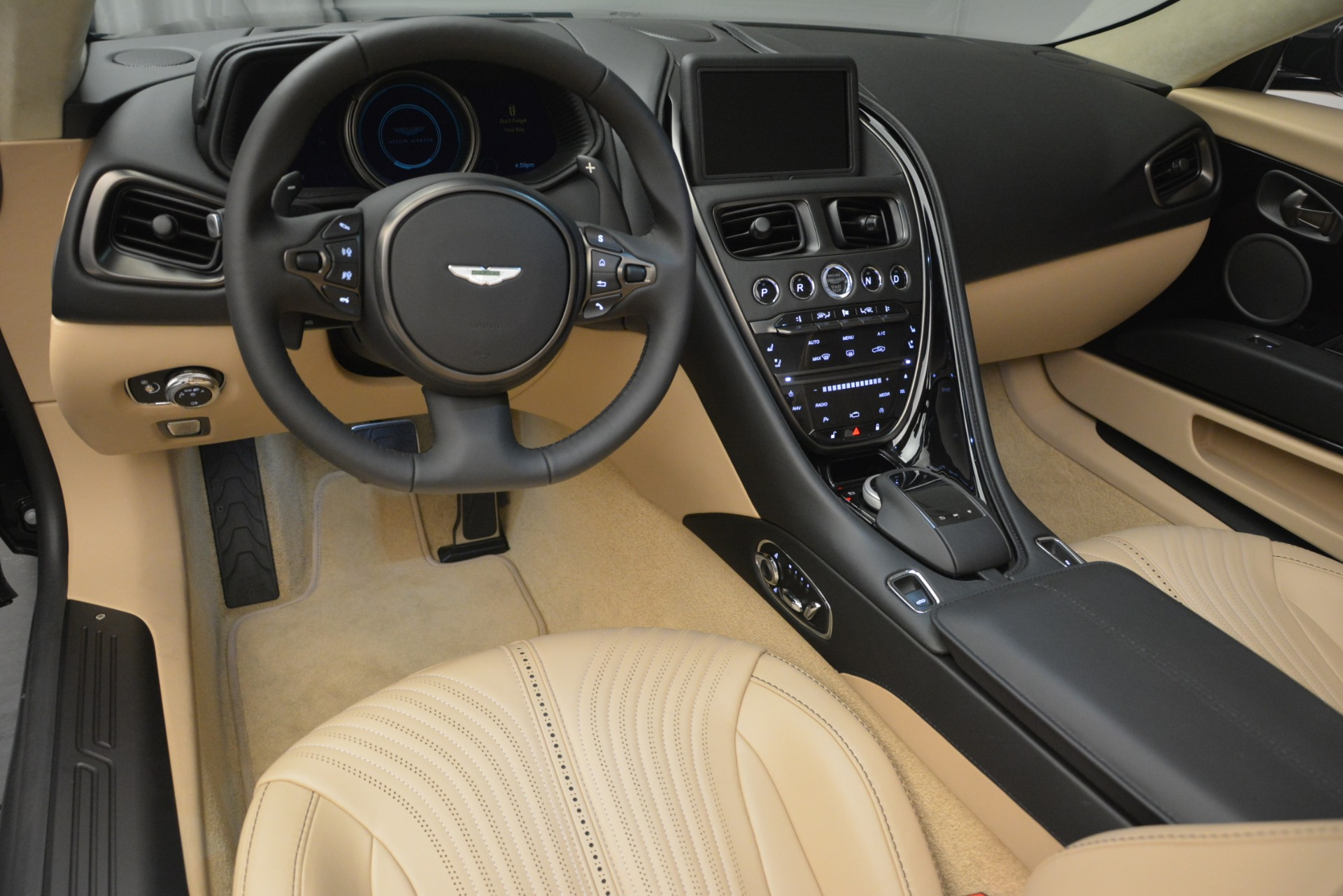 New-2019-Aston-Martin-DB11-V8-Convertible