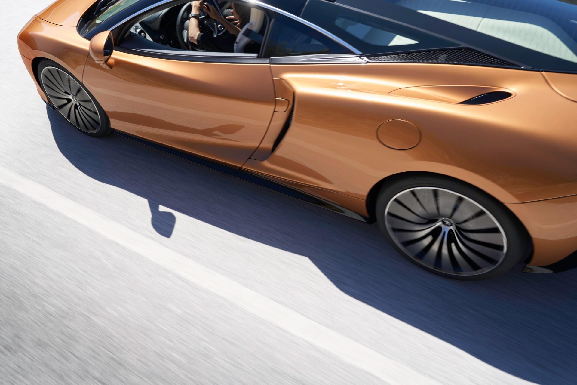 New-2020-McLaren-GT-Coupe