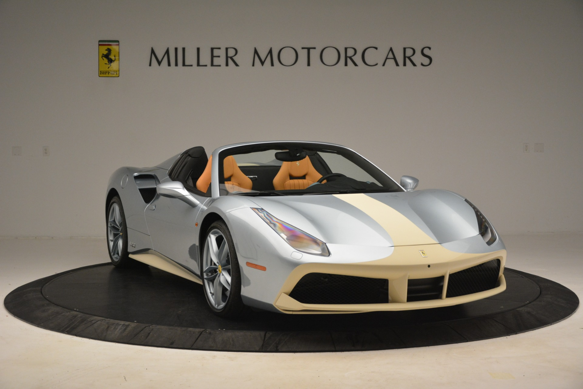 Used-2018-Ferrari-488-Spider