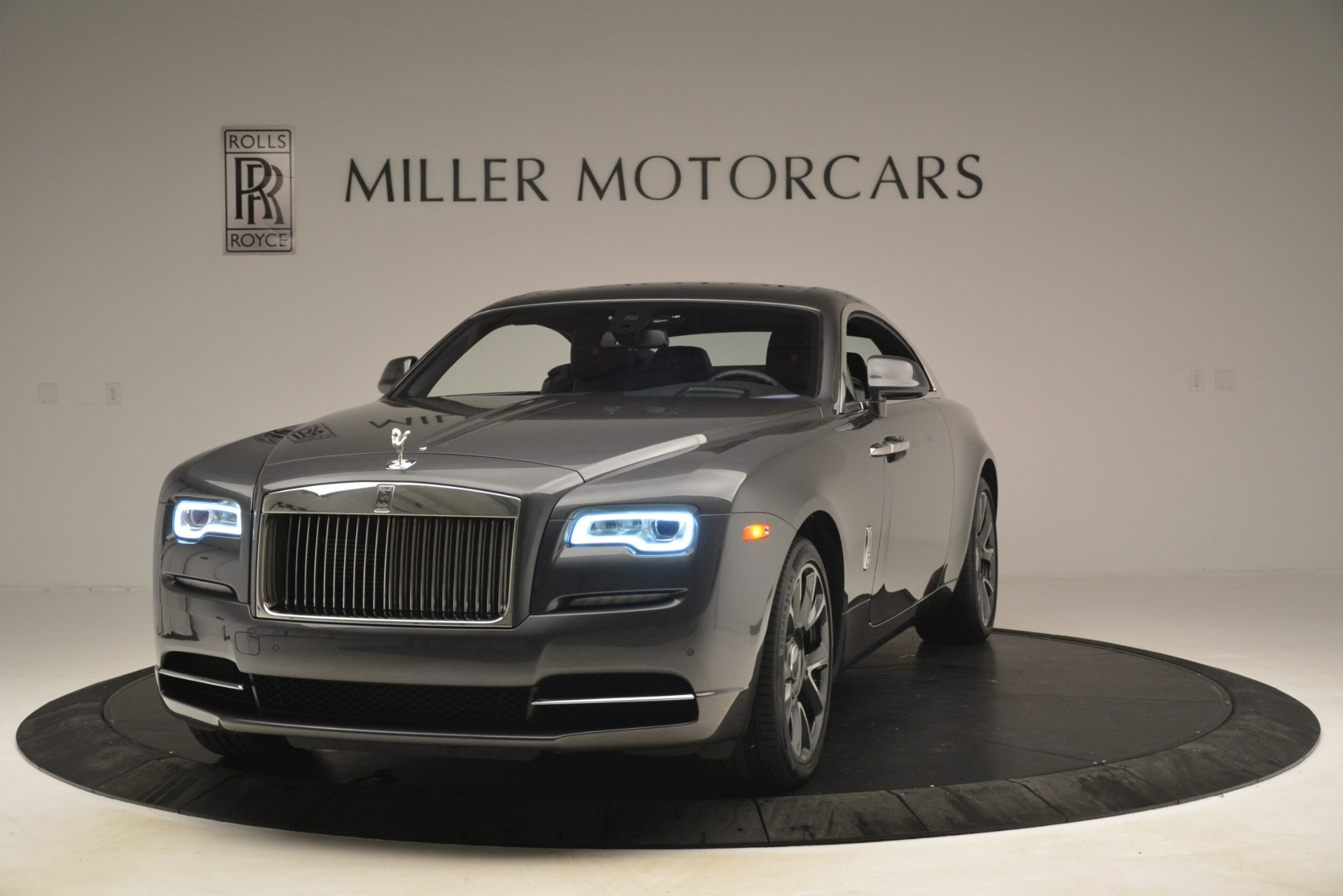 Rolls Royce Wraith For Sale >> Pre Owned 2018 Rolls Royce Wraith For Sale 266 900