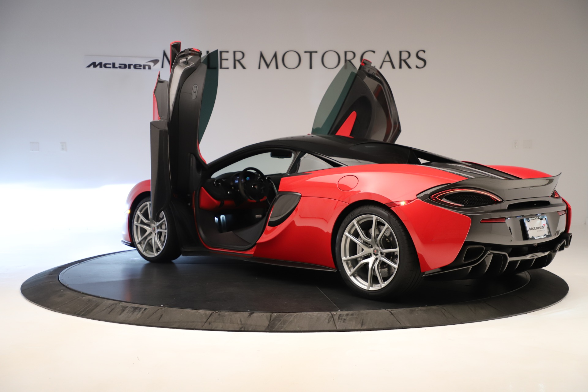 Used-2016-McLaren-570S-Coupe