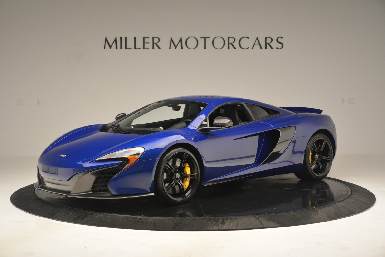 Used-2015-McLaren-650S-Coupe