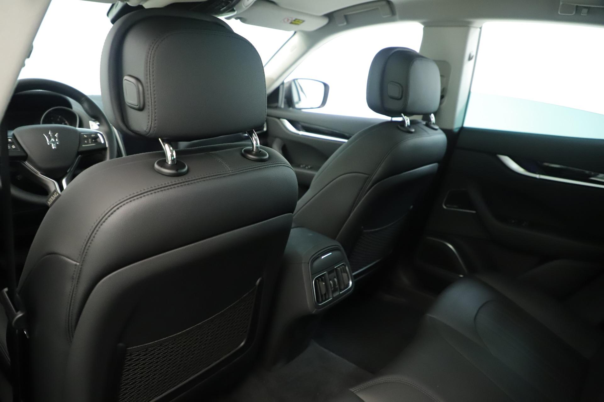 New-2019-Maserati-Levante-Q4-Nerissimo
