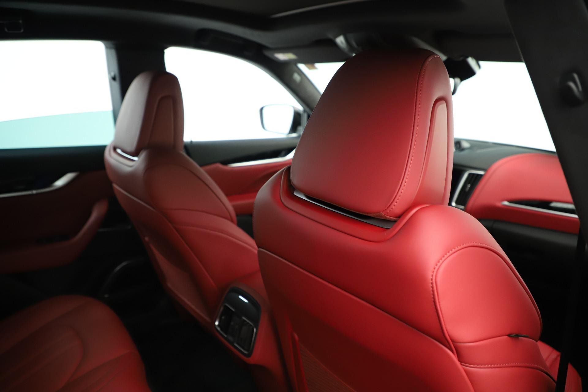 New-2019-Maserati-Levante-Q4-GranSport-Nerissimo