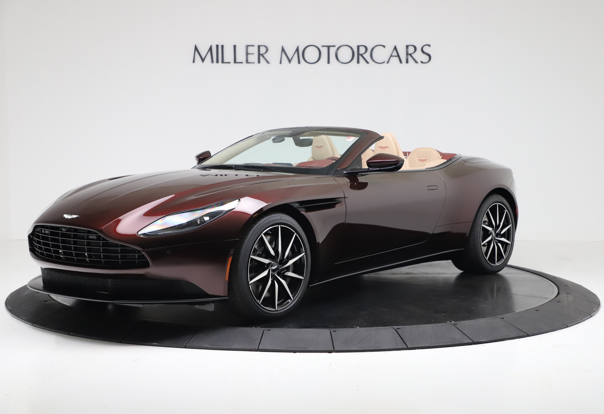 Pre Owned 2020 Aston Martin Db11 Volante Convertible For Sale 217 900 Miller Motorcars Stock 7905