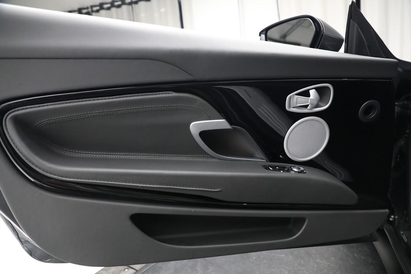 Used-2020-Aston-Martin-DB11-V8