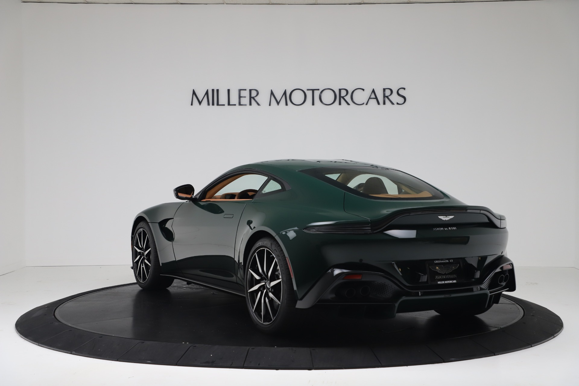 Pre Owned 2020 Aston Martin Vantage Coupe For Sale 159 990 Miller Motorcars Stock A1401b