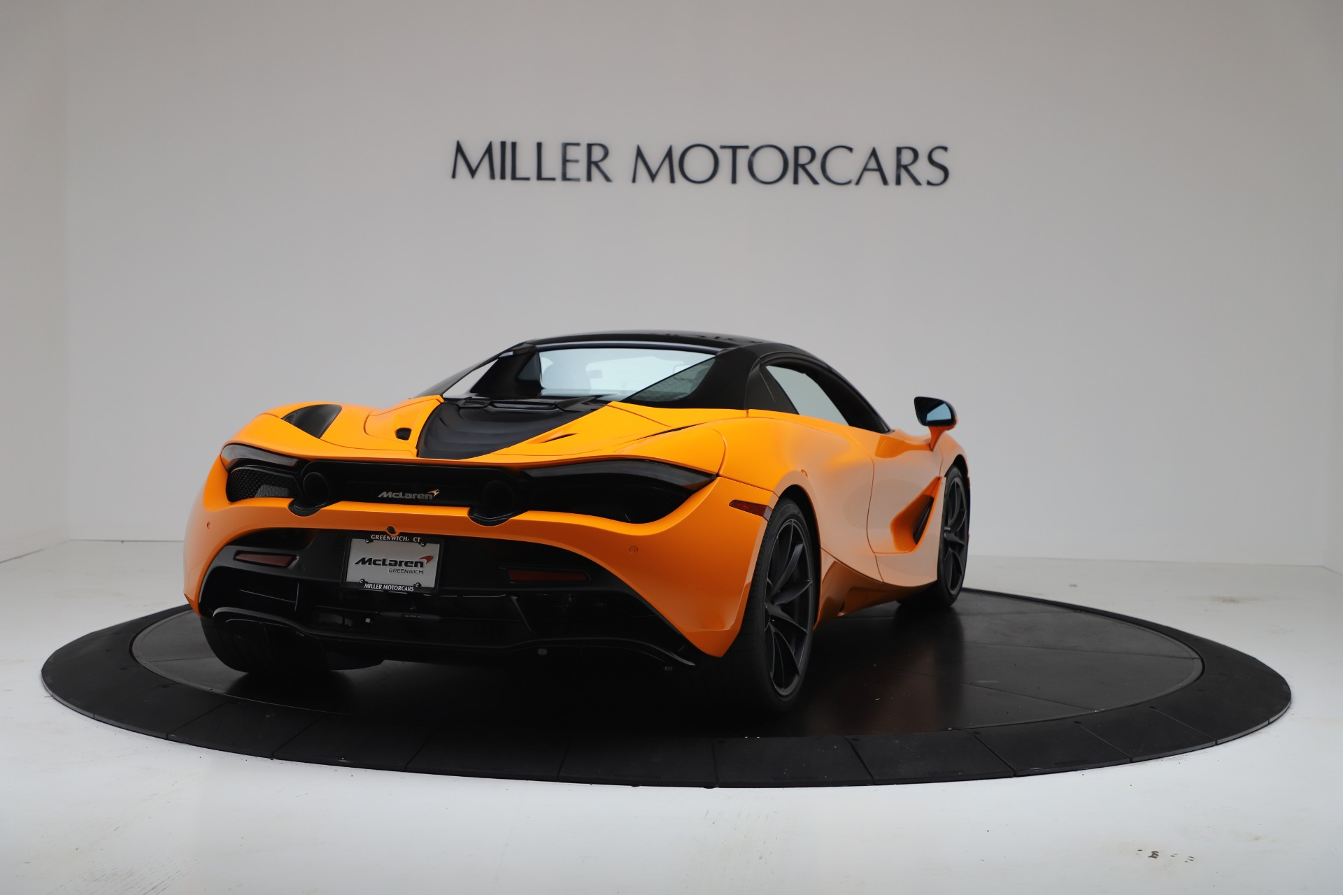 New-2020-McLaren-720S-Spider-Performance