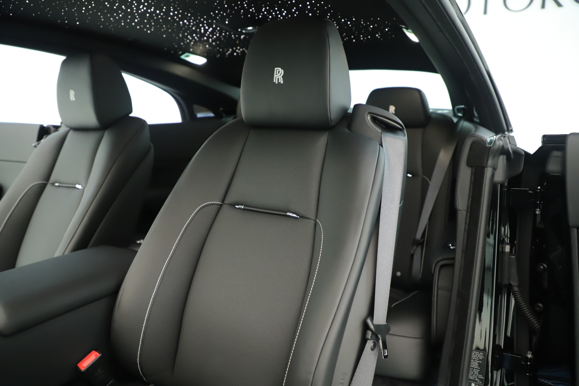 New-2020-Rolls-Royce-Wraith-Black-Badge