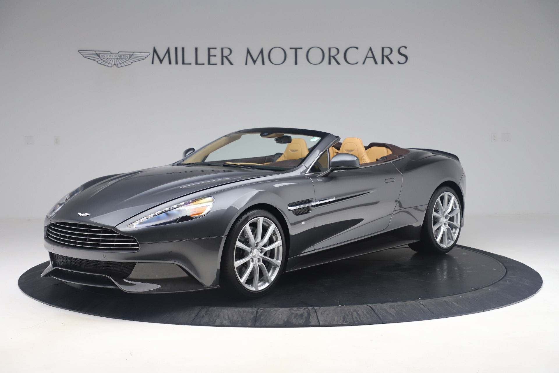 Pre Owned 2016 Aston Martin Vanquish Volante For Sale Miller Motorcars Stock 7676