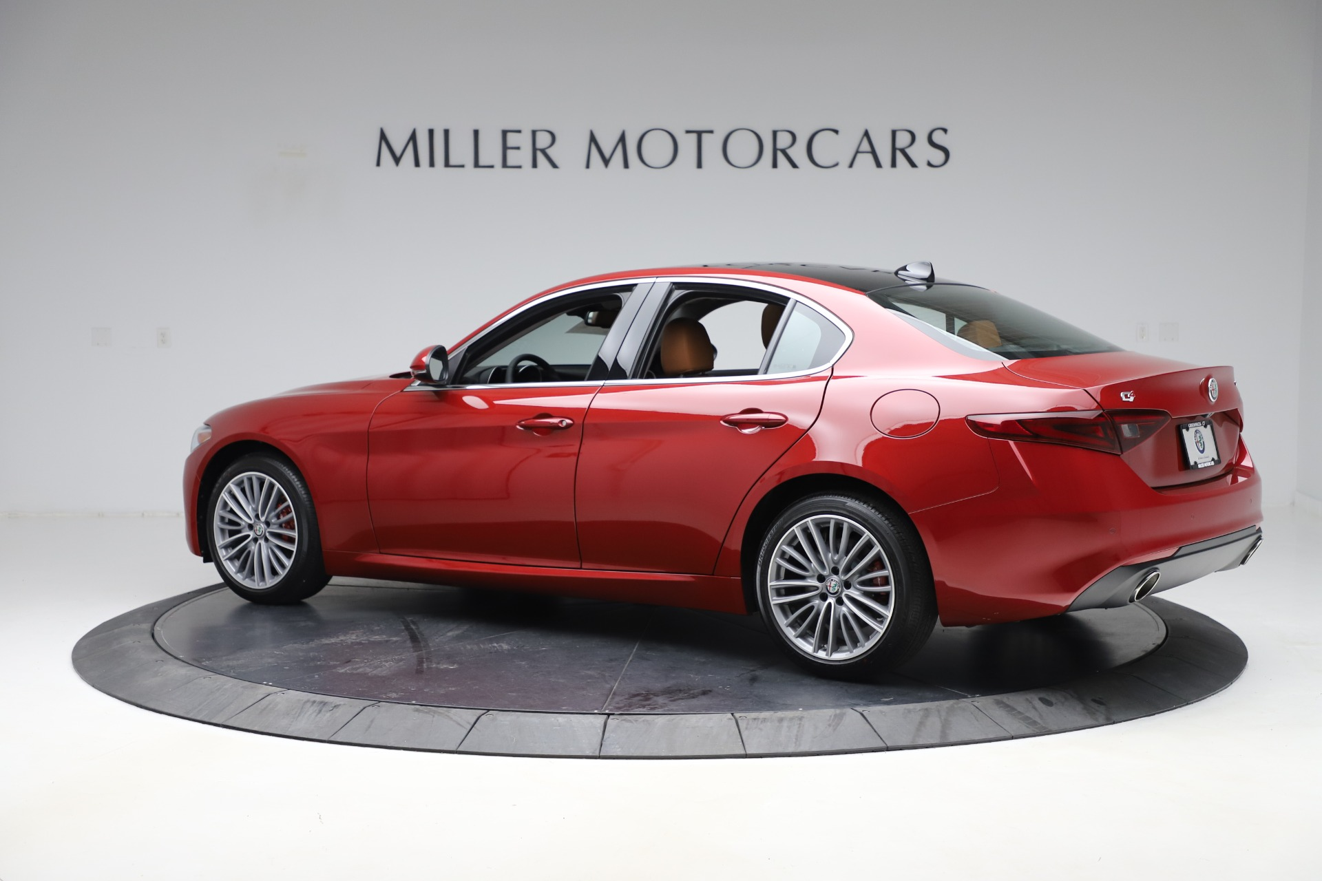 New-2019-Alfa-Romeo-Giulia-Ti-Lusso-Q4