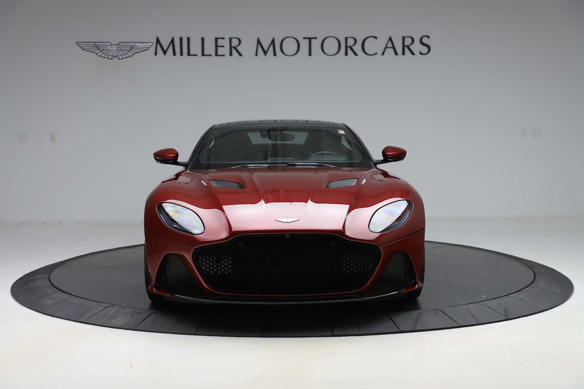Used-2019-Aston-Martin-DBS-Superleggera-Coupe