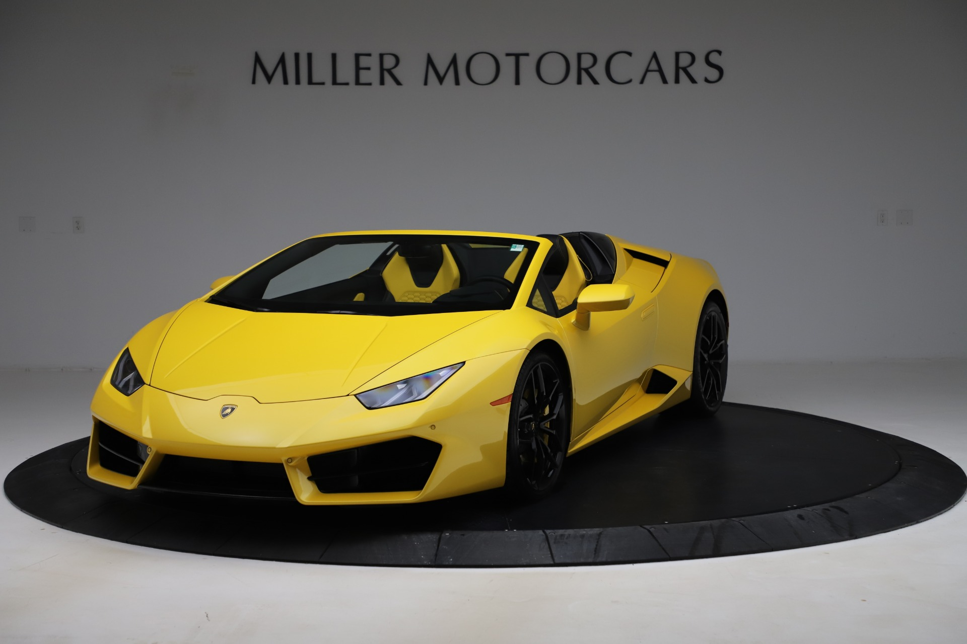 Pre-Owned 2018 Lamborghini Huracan LP 580-2 Spyder For Sale () | Miller  Motorcars Stock #A1448A