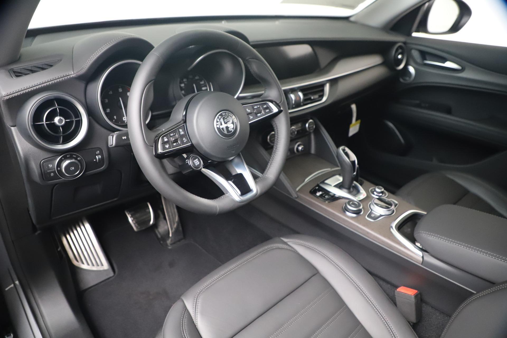 New-2020-Alfa-Romeo-Stelvio-Ti-Lusso-Q4