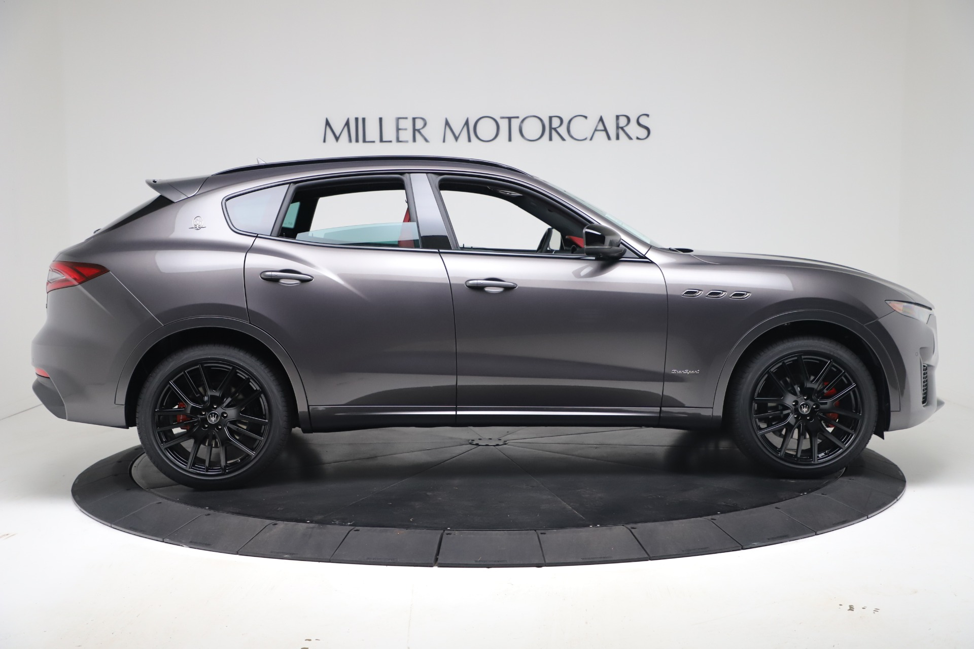 New-2020-Maserati-Levante-Q4-GranSport