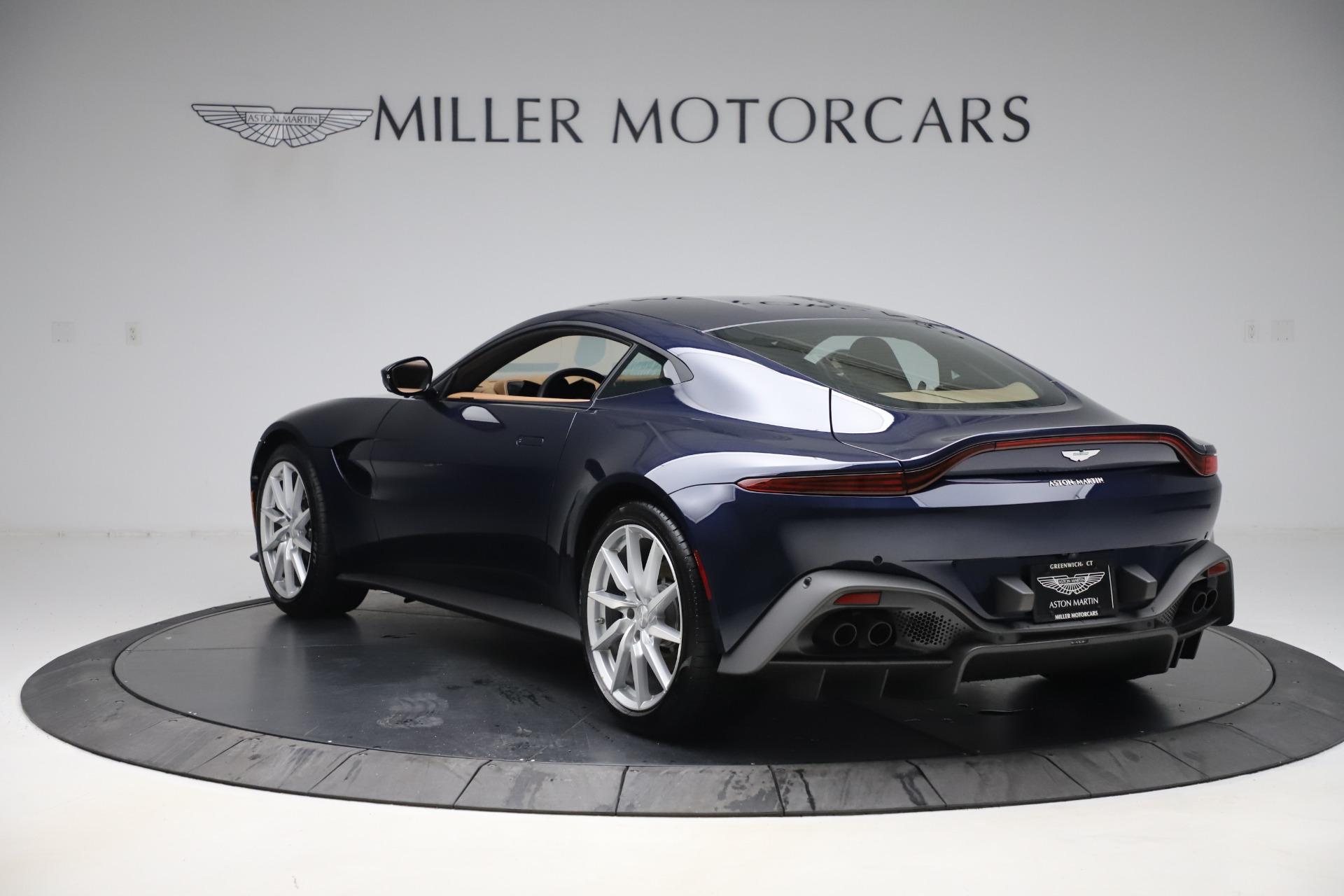 Used-2020-Aston-Martin-Vantage-Coupe