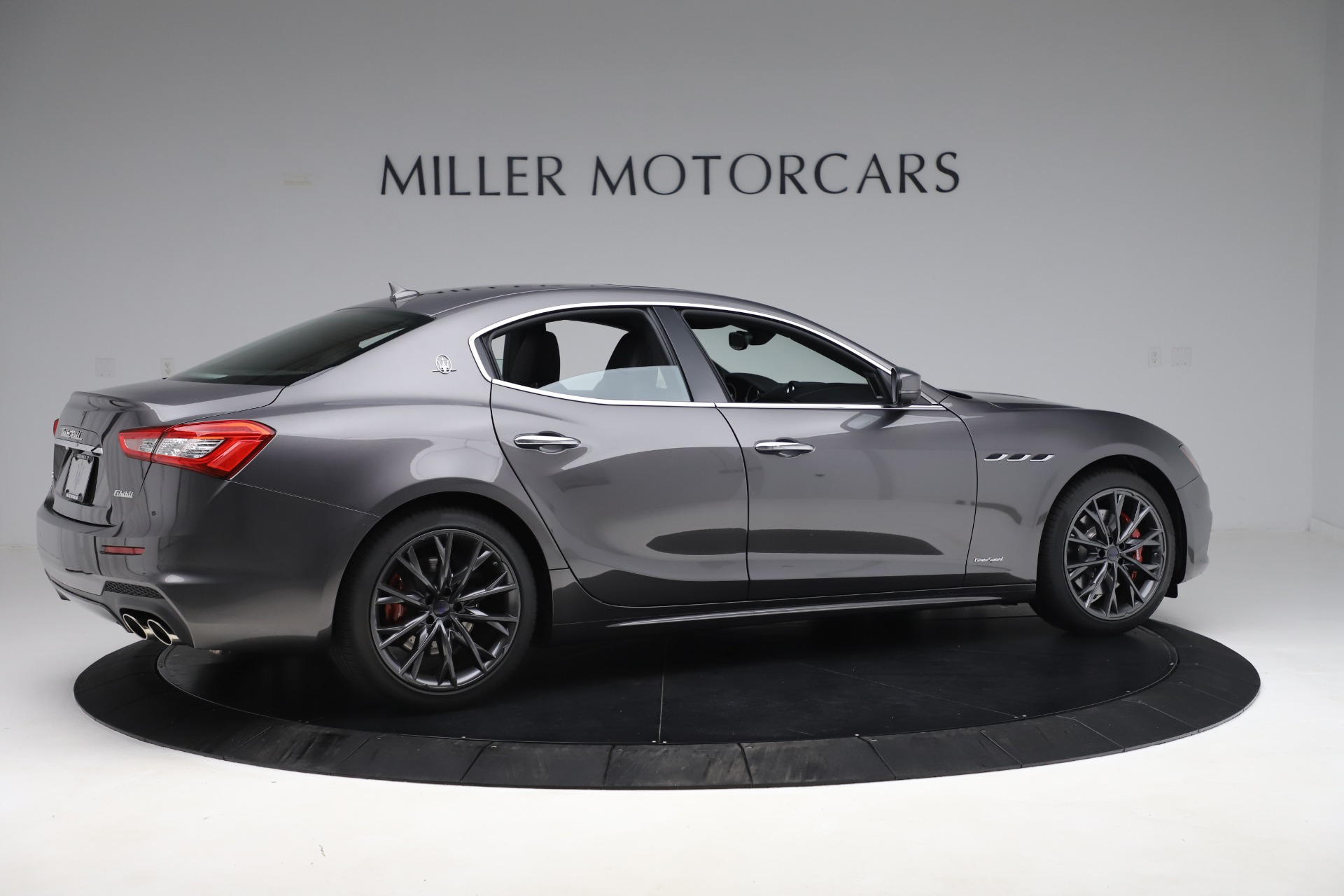 New-2019-Maserati-Ghibli-SQ4-GranSport