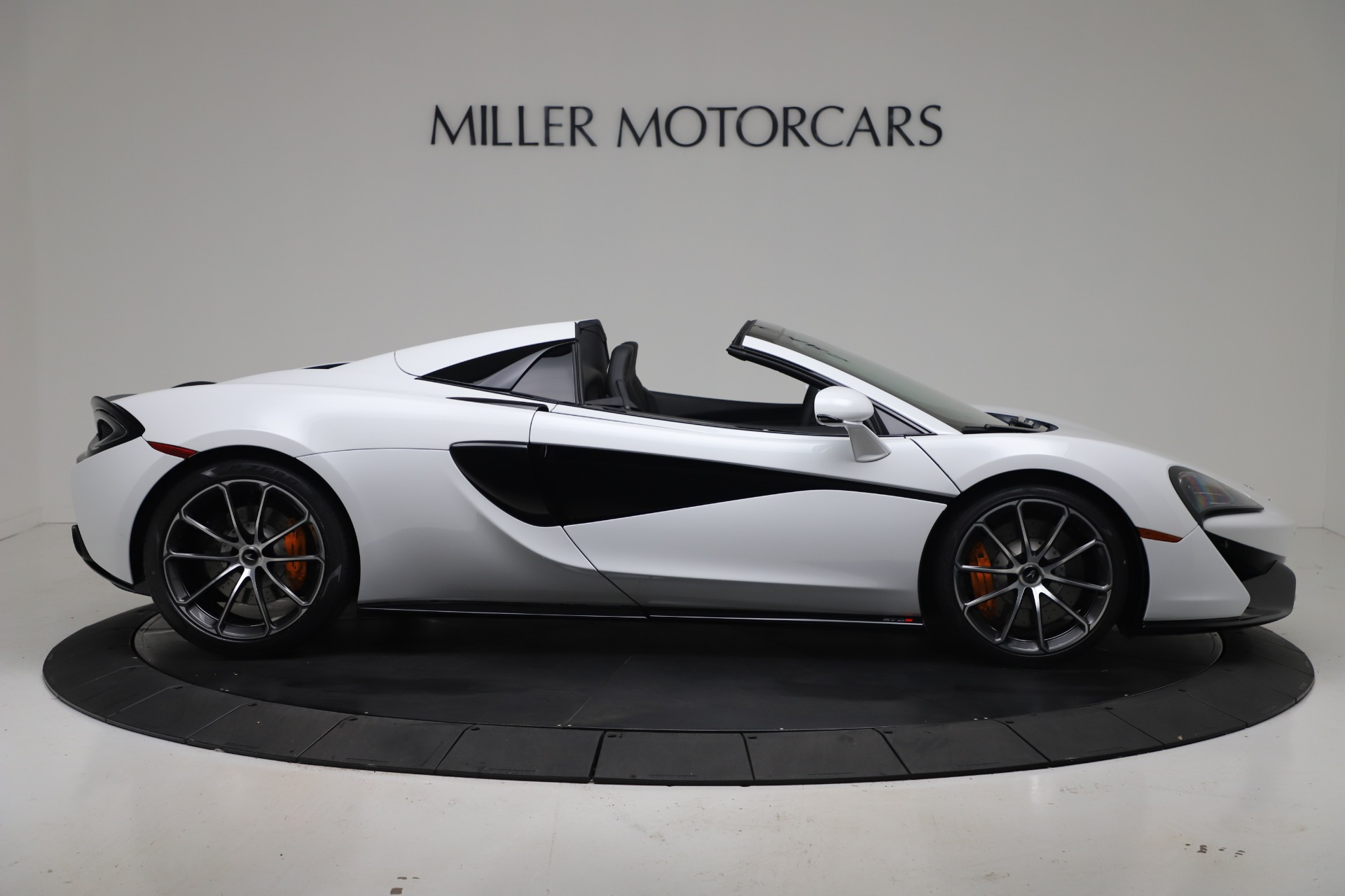 New-2020-McLaren-570S-Spider-Convertible