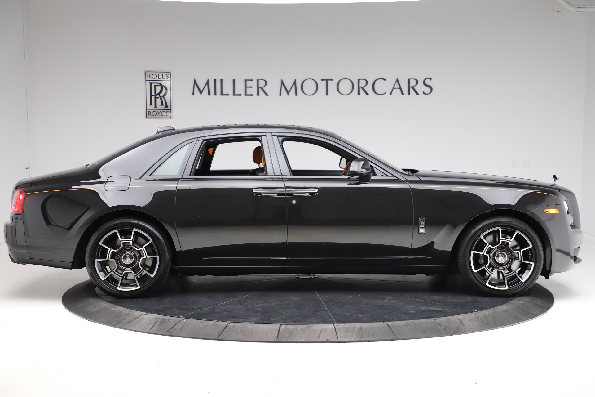 New-2020-Rolls-Royce-Ghost