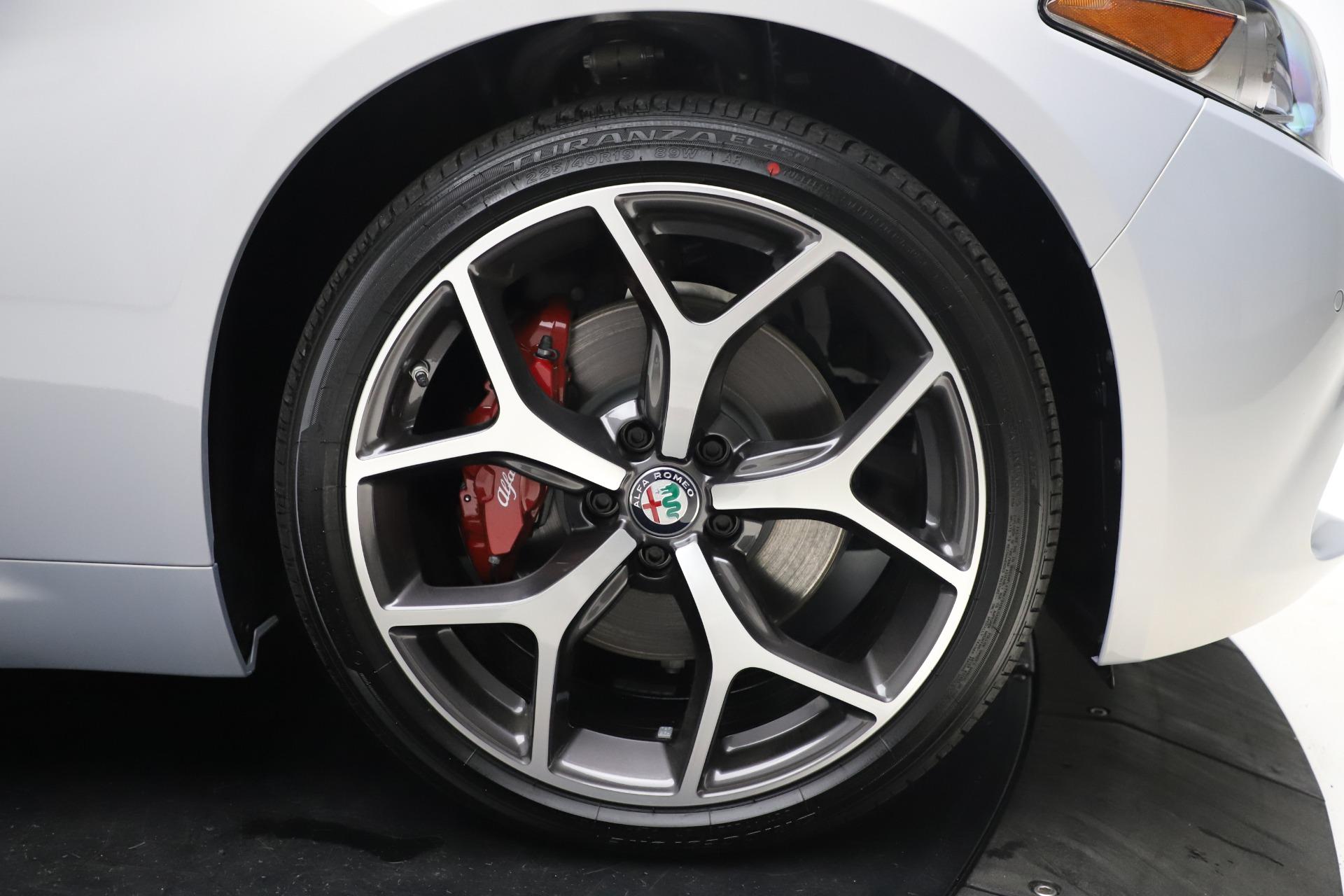 New-2020-Alfa-Romeo-Giulia-Ti-Q4