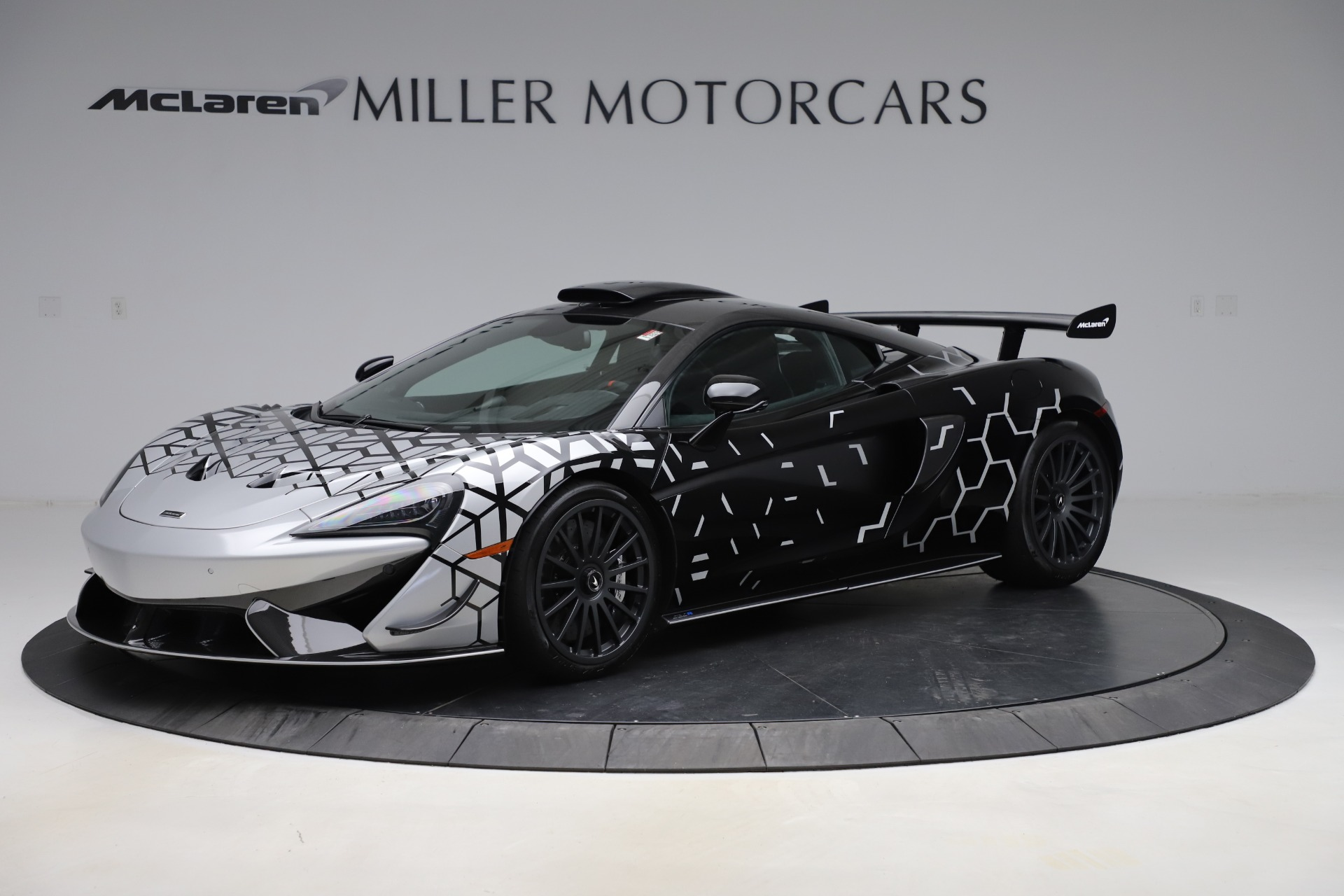 New 2020 McLaren 620R Coupe | Greenwich, CT