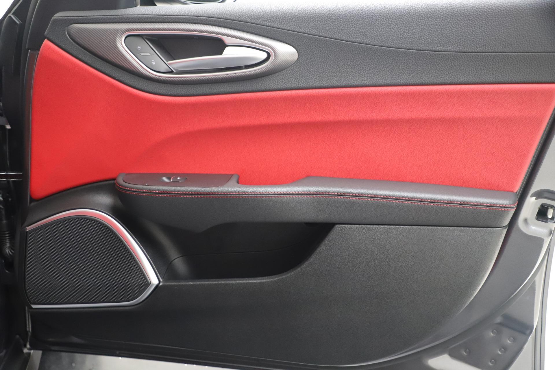 New-2020-Alfa-Romeo-Giulia-Ti-Sport-Q4