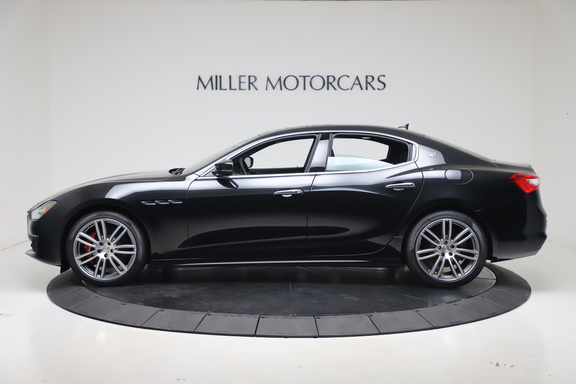 New-2020-Maserati-Ghibli-S-Q4