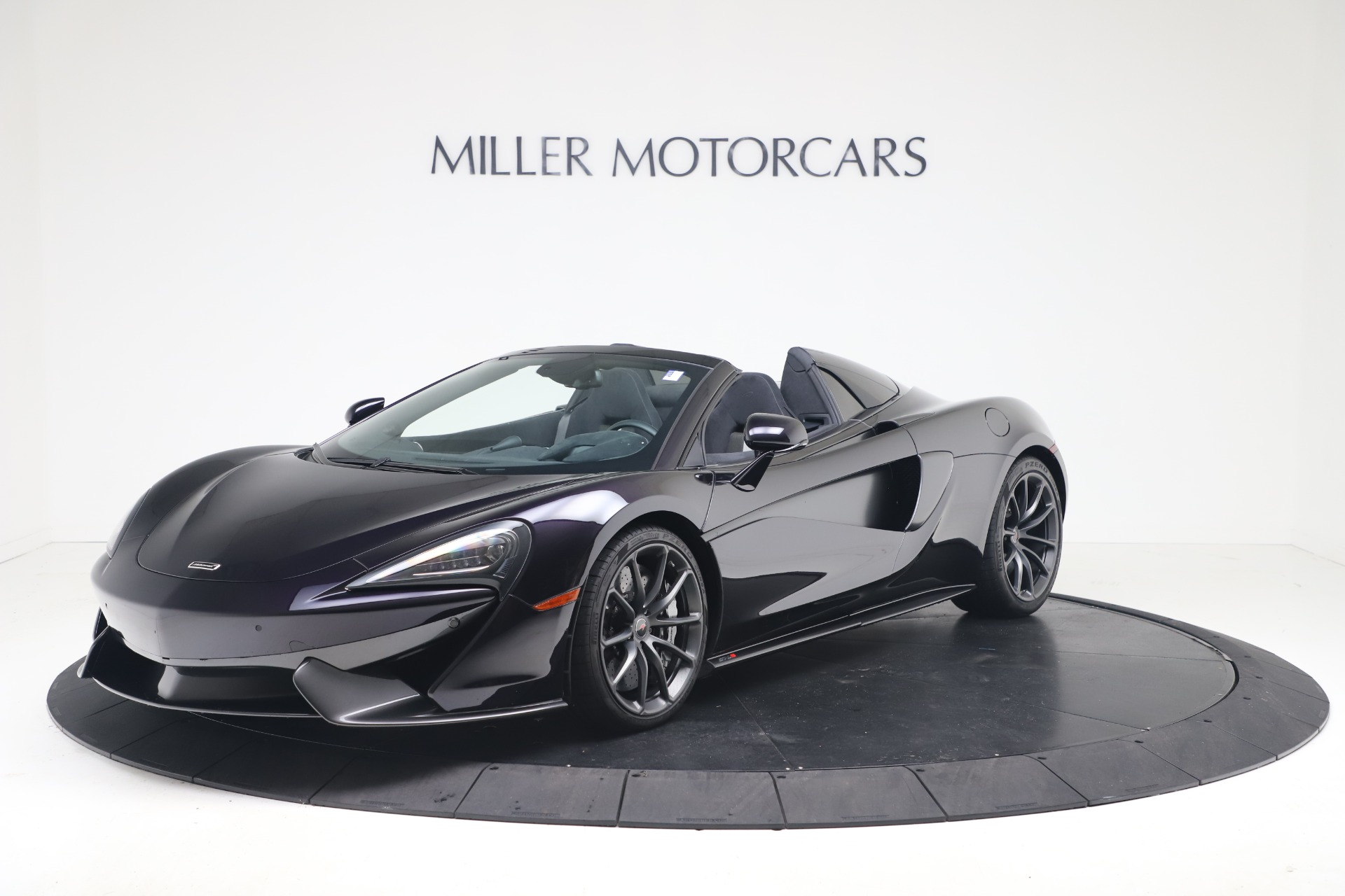 Used 2019 McLaren 570S Spider  | Greenwich, CT