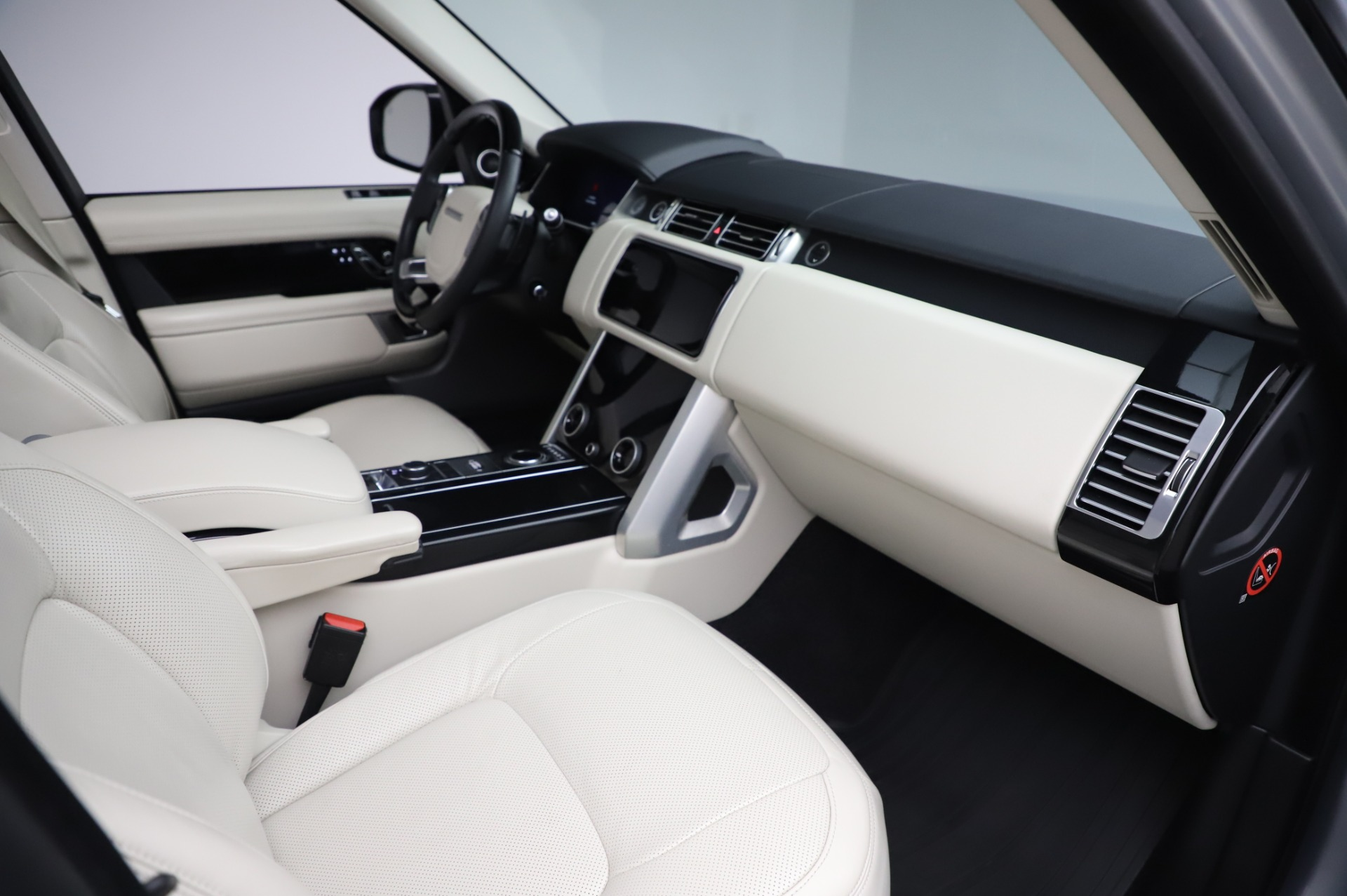 Used-2019-Land-Rover-Range-Rover-Supercharged-LWB