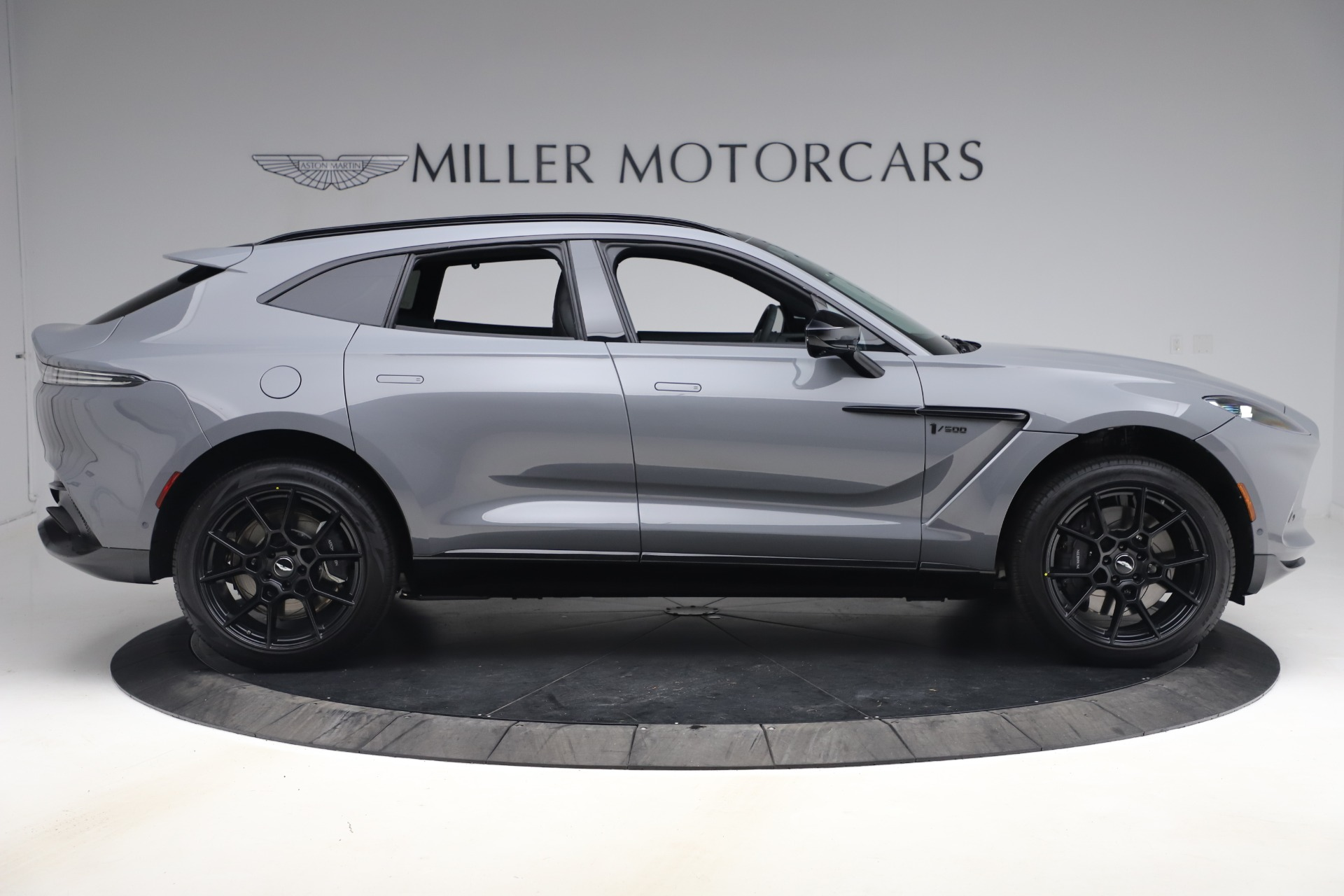 New 2021 Aston Martin Dbx Suv For Sale 194 486 Miller Motorcars Stock A1535
