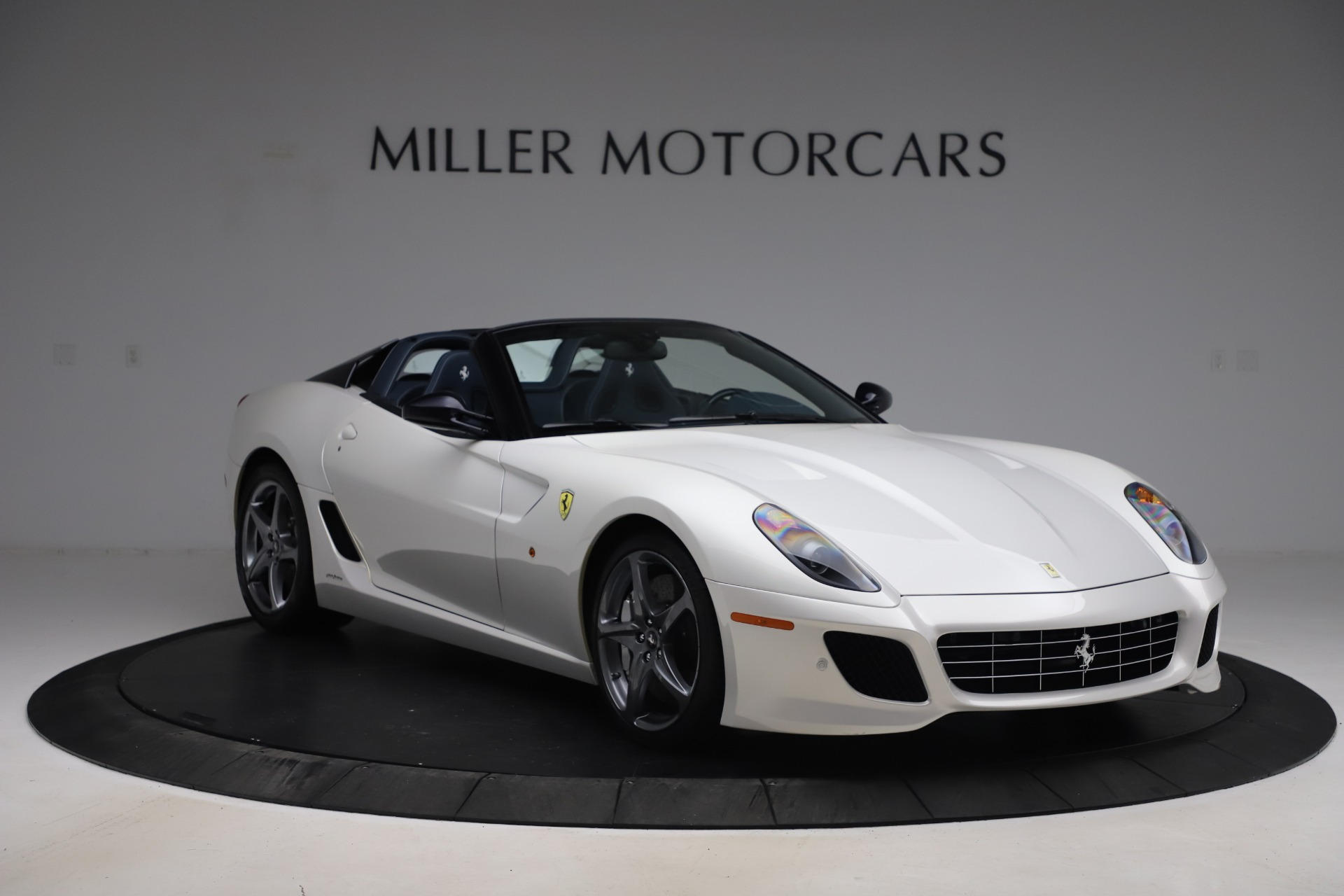 Pre Owned 2011 Ferrari 599 Sa Aperta For Sale 1 379 000 Miller Motorcars Stock 4995