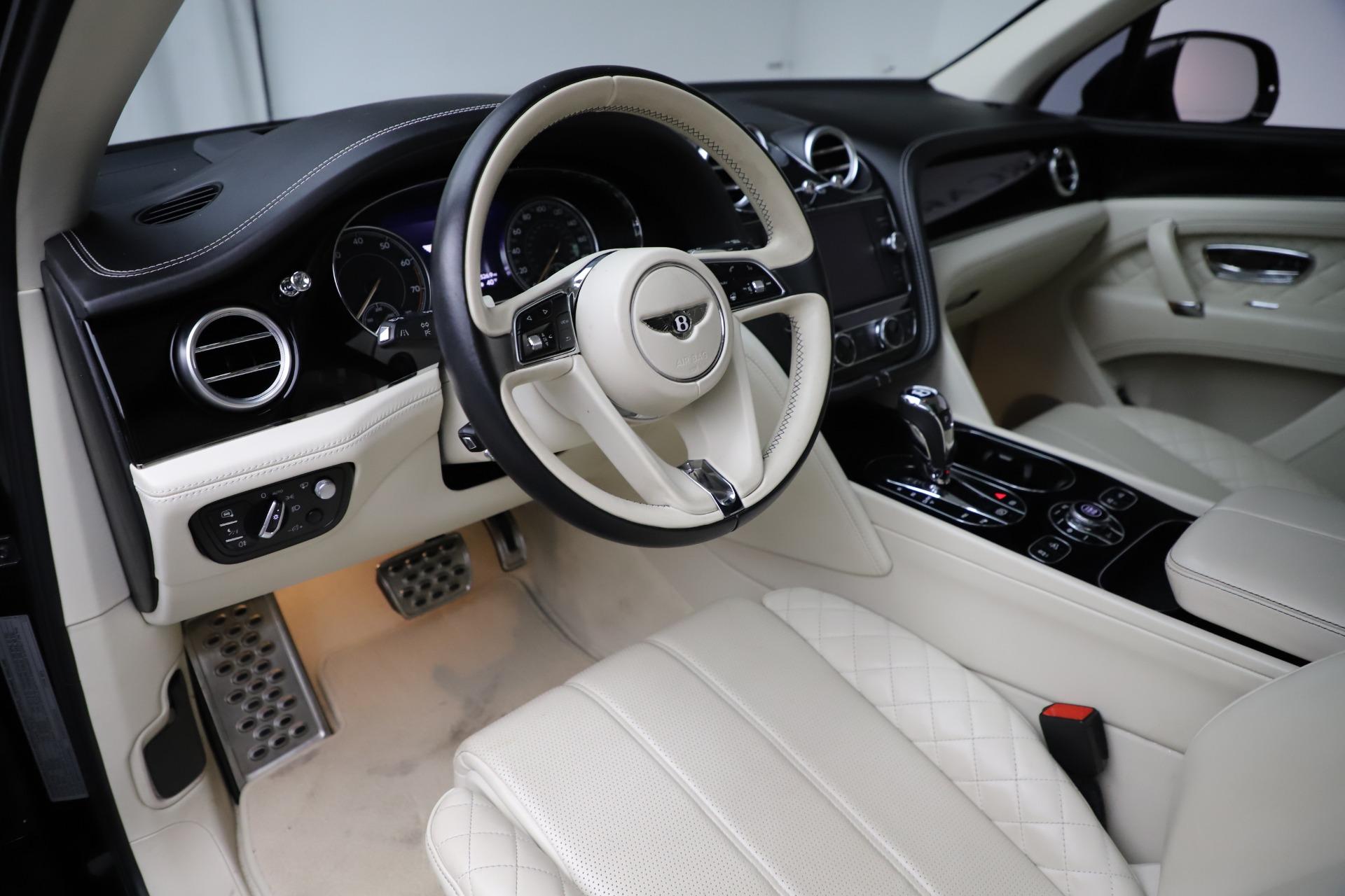 Used-2018-Bentley-Bentayga-W12-Signature